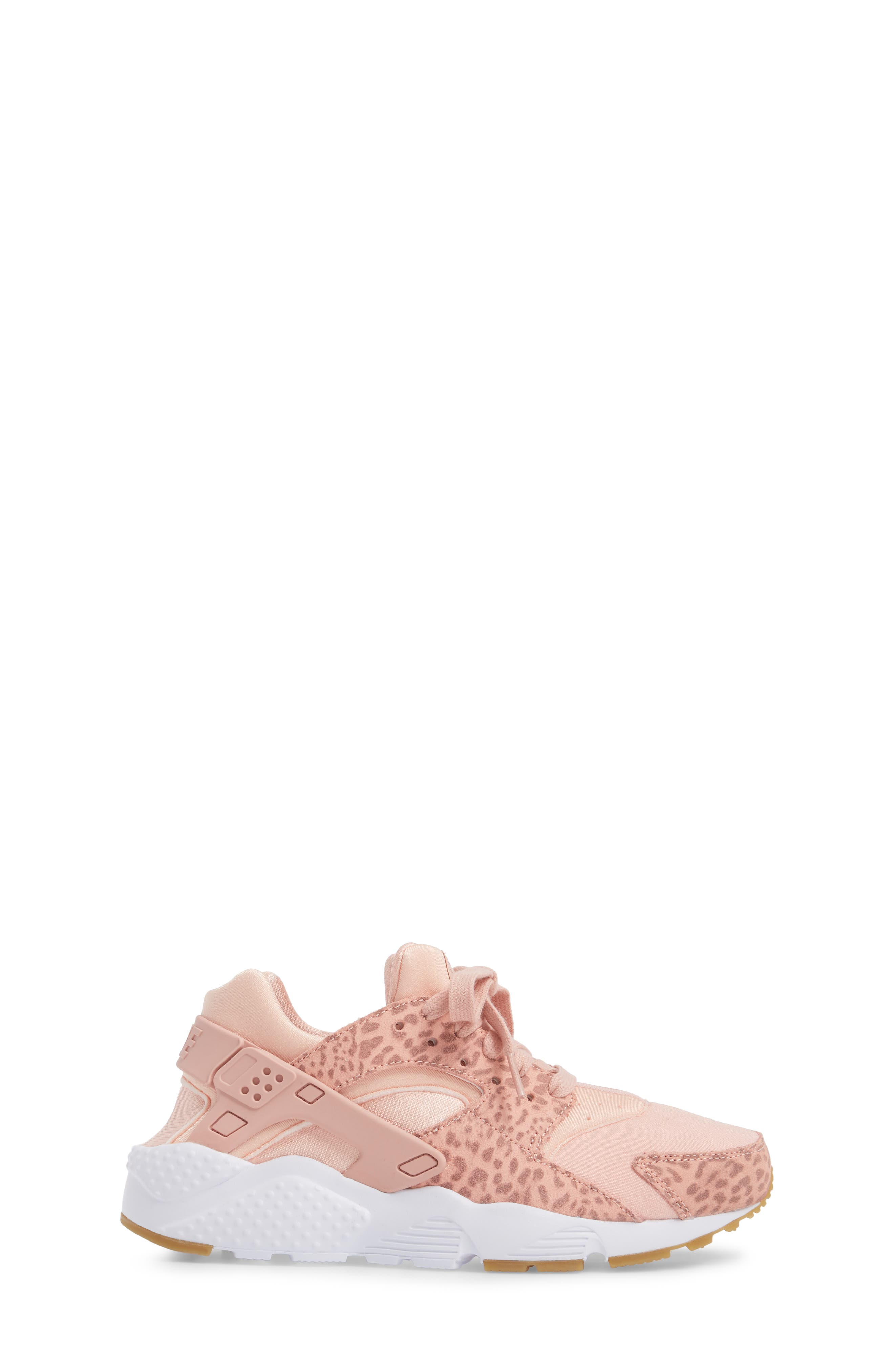Huarache Run SE Sneaker,                             Alternate thumbnail 3, color,                             Coral Stardust/ Rust Pink/ Gum
