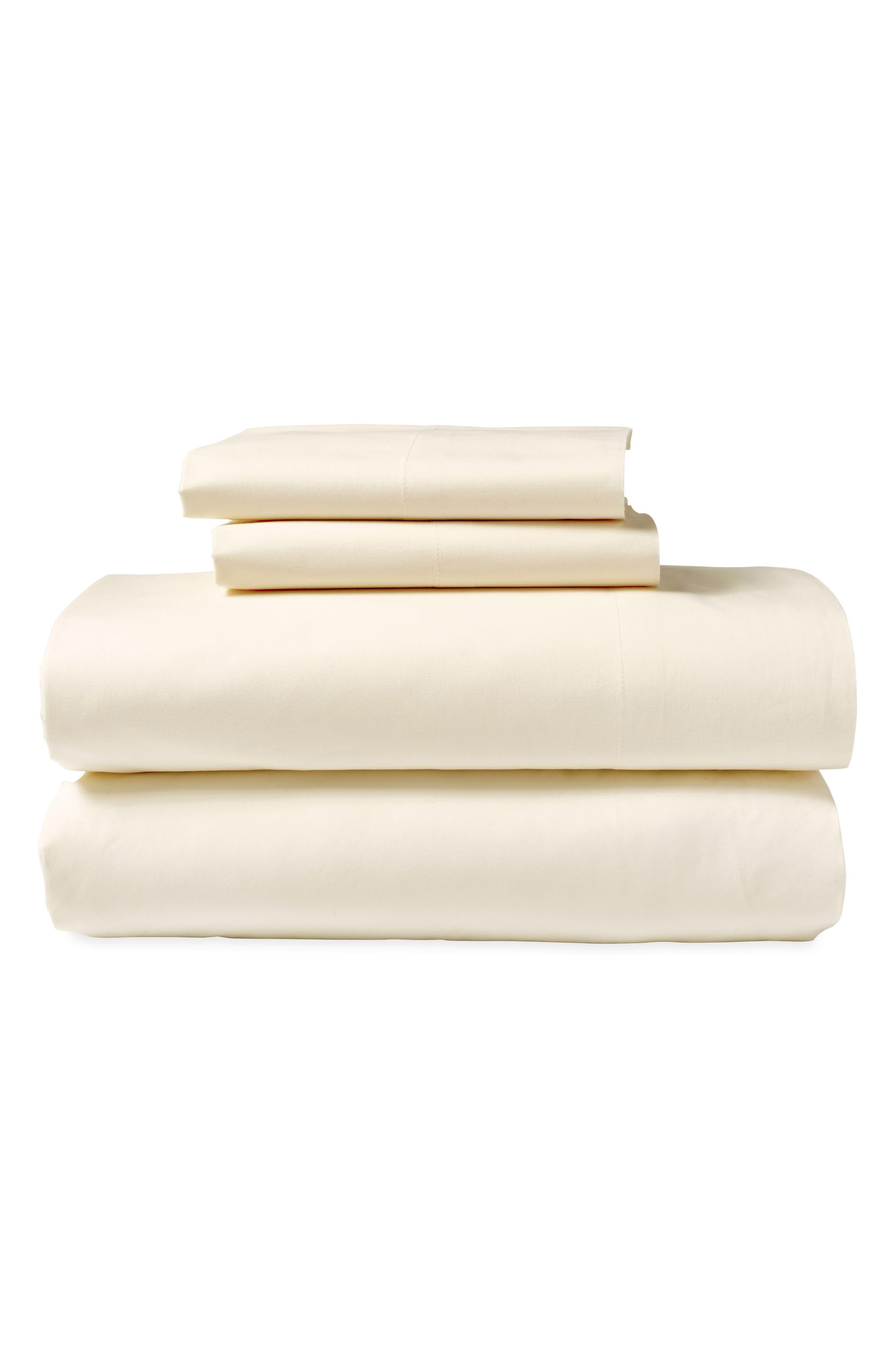 Donna Karan New York Ultrafine 600 Thread Count Flat Sheet