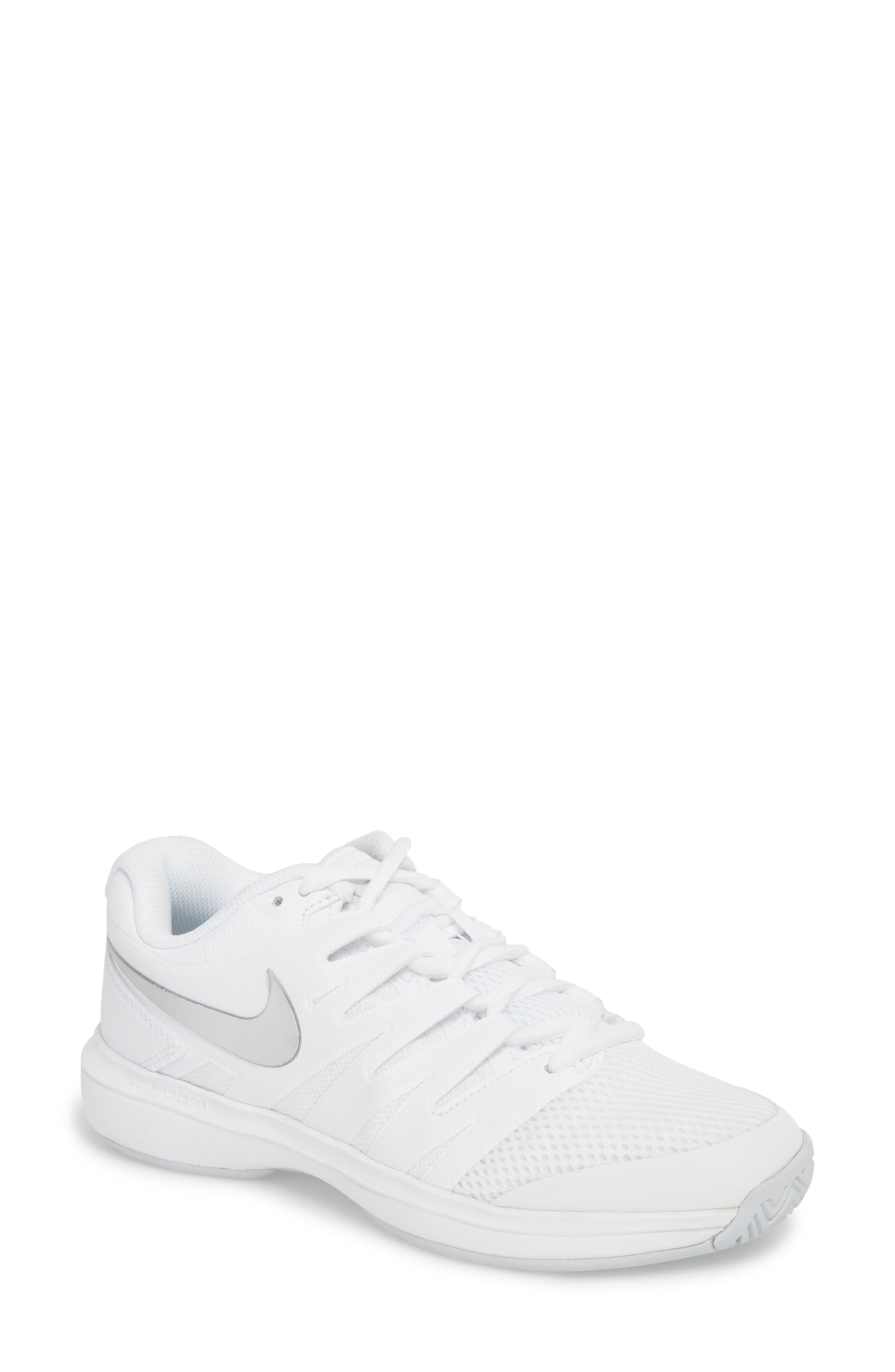 AIR ZOOM PRESTIGE TENNIS SHOE