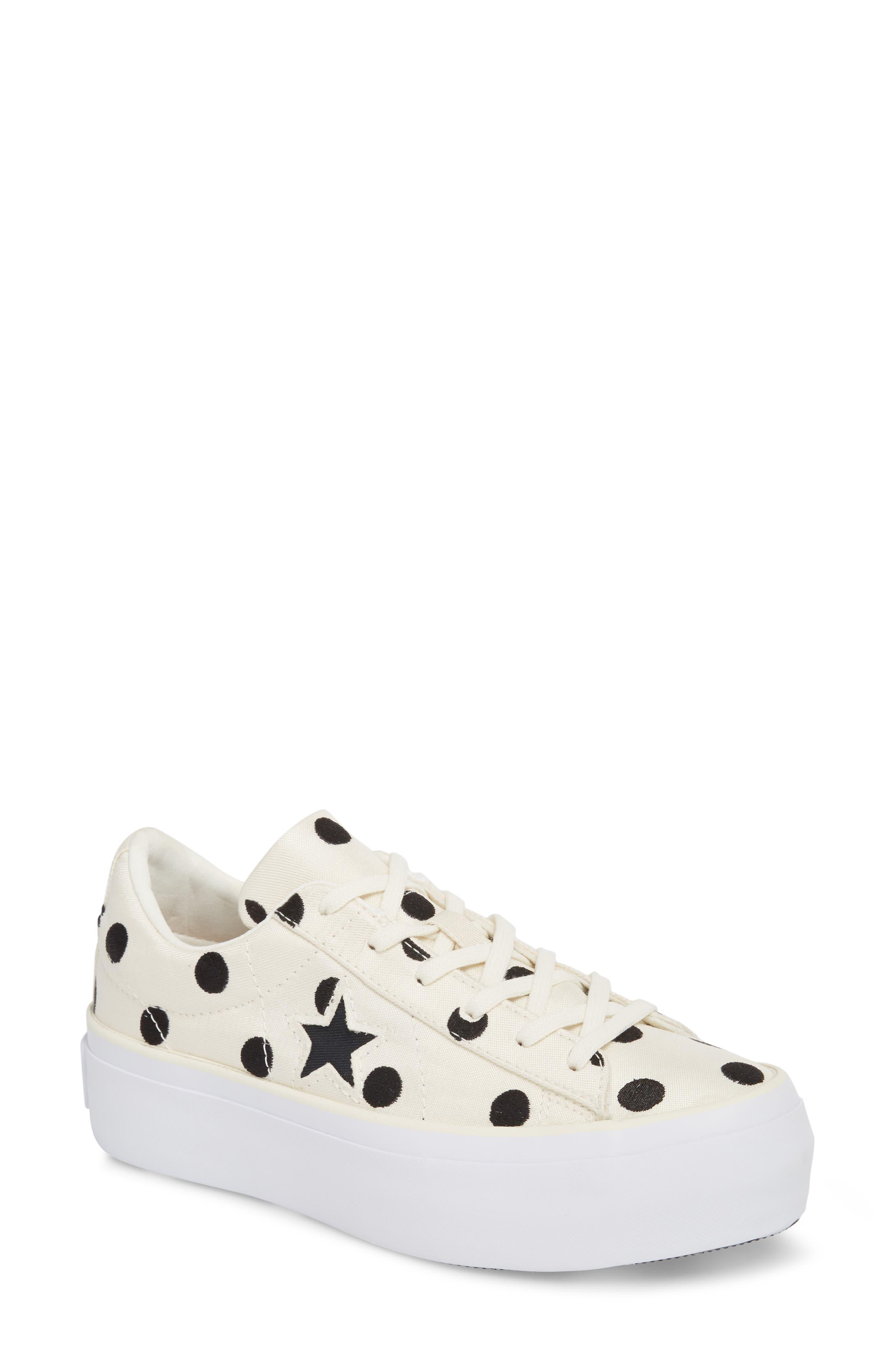 Chuck Taylor<sup>®</sup> One Star Platform Sneaker,                         Main,                         color, Egret/ Black