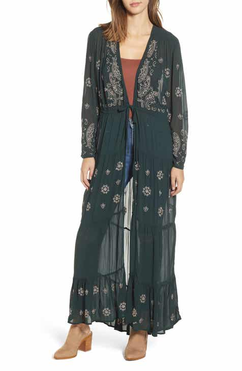 09d78f8773 New Friends Colony La Cienega Embroidered Kimono