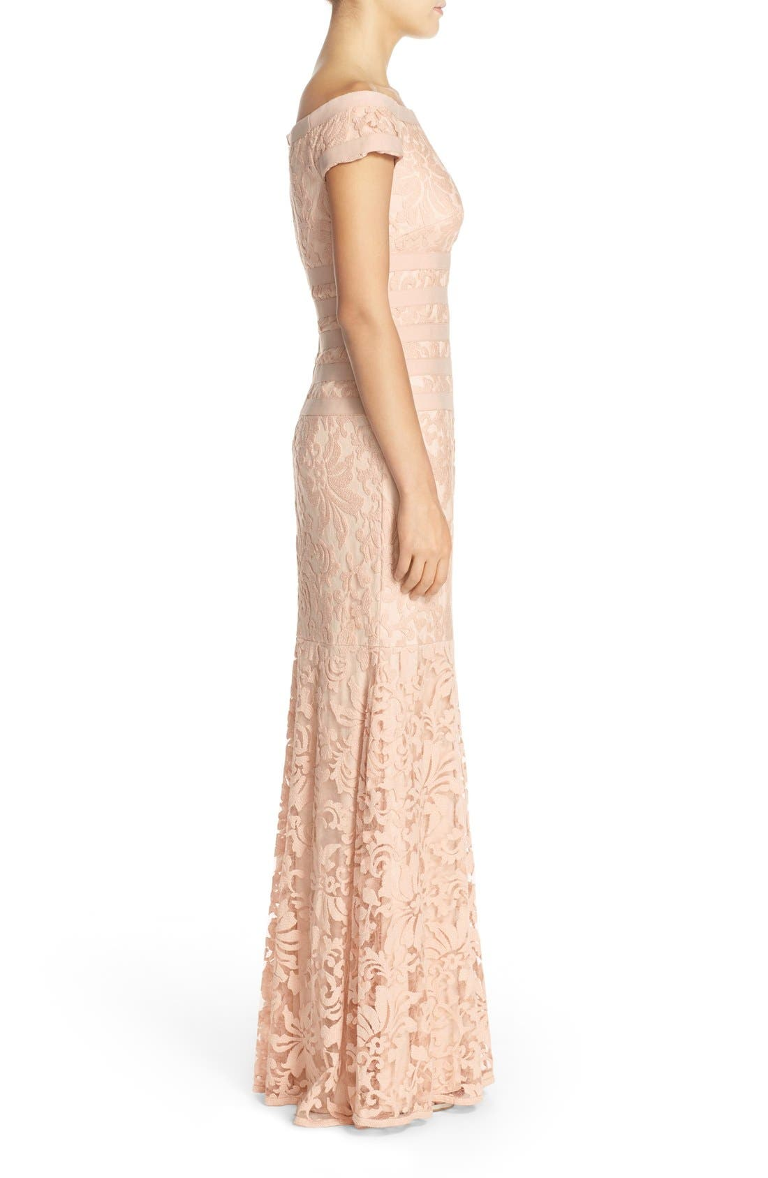 Alternate Image 3  - Tadashi Shoji Textured Lace Mermaid Gown (Regular & Petite)