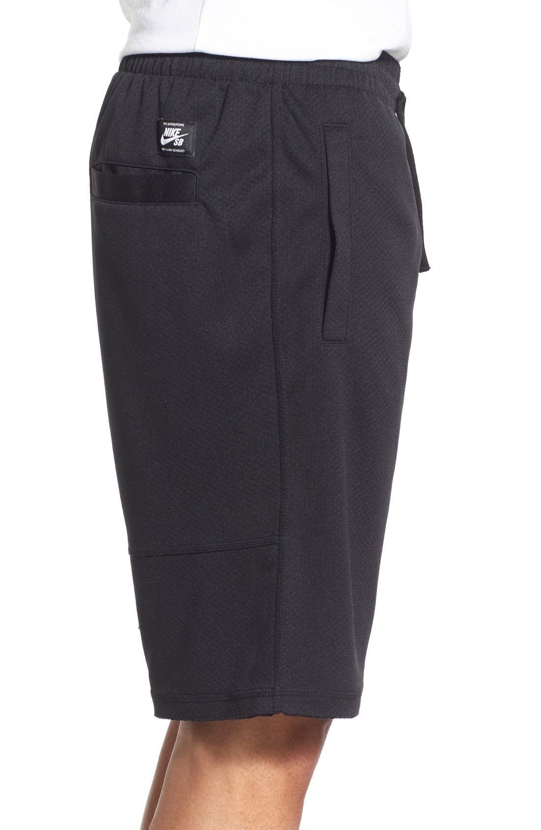 SB 'Stripe Sunday' Dri-FIT Shorts,                             Alternate thumbnail 3, color,                             Black/White