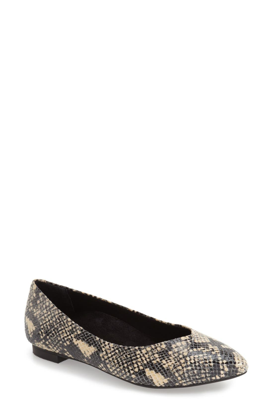 Vionic 'Caballo' Pointy Toe Flat (Women)