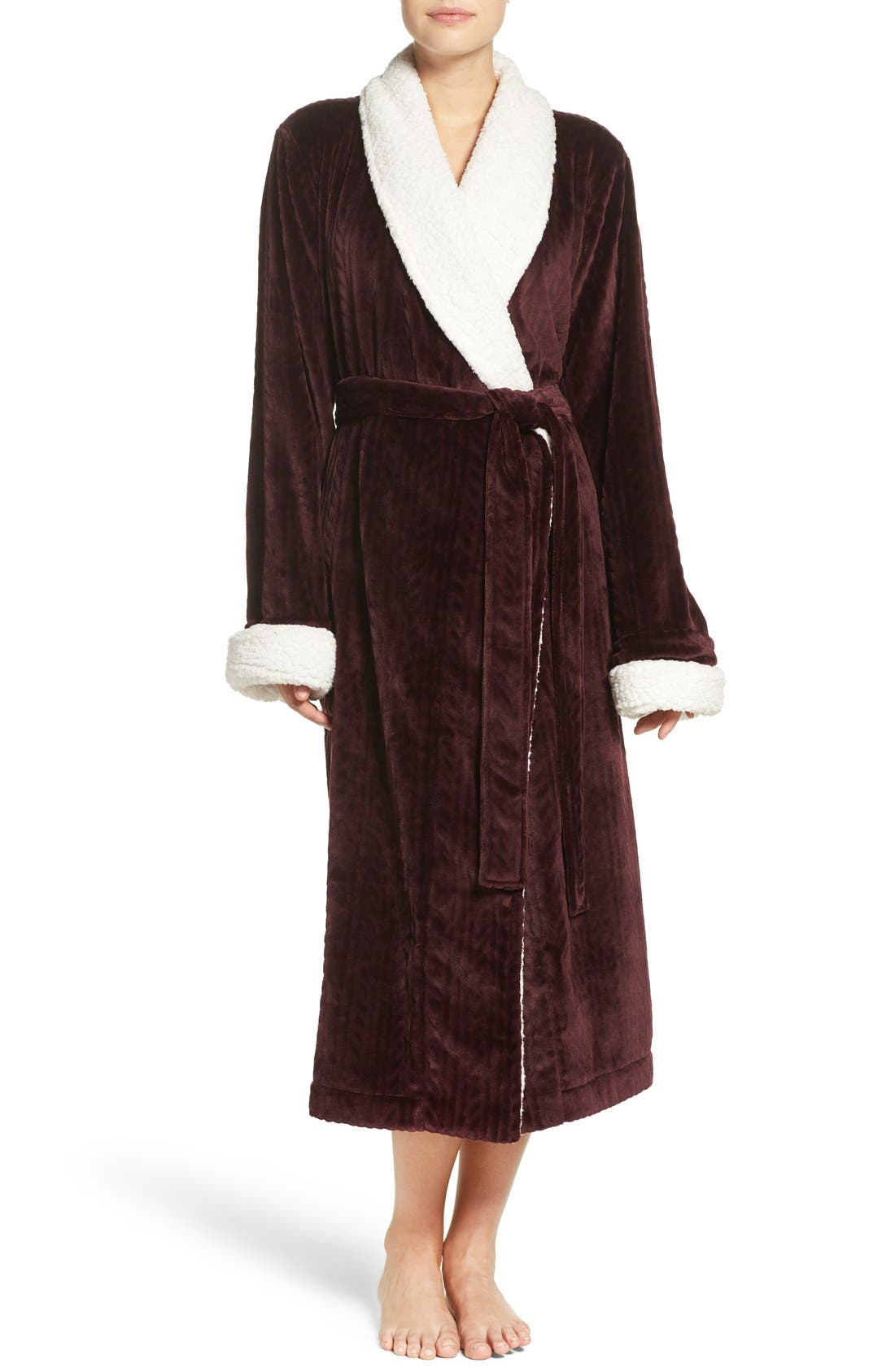 Main Image - Nordstrom Lingerie Plush Cable Robe