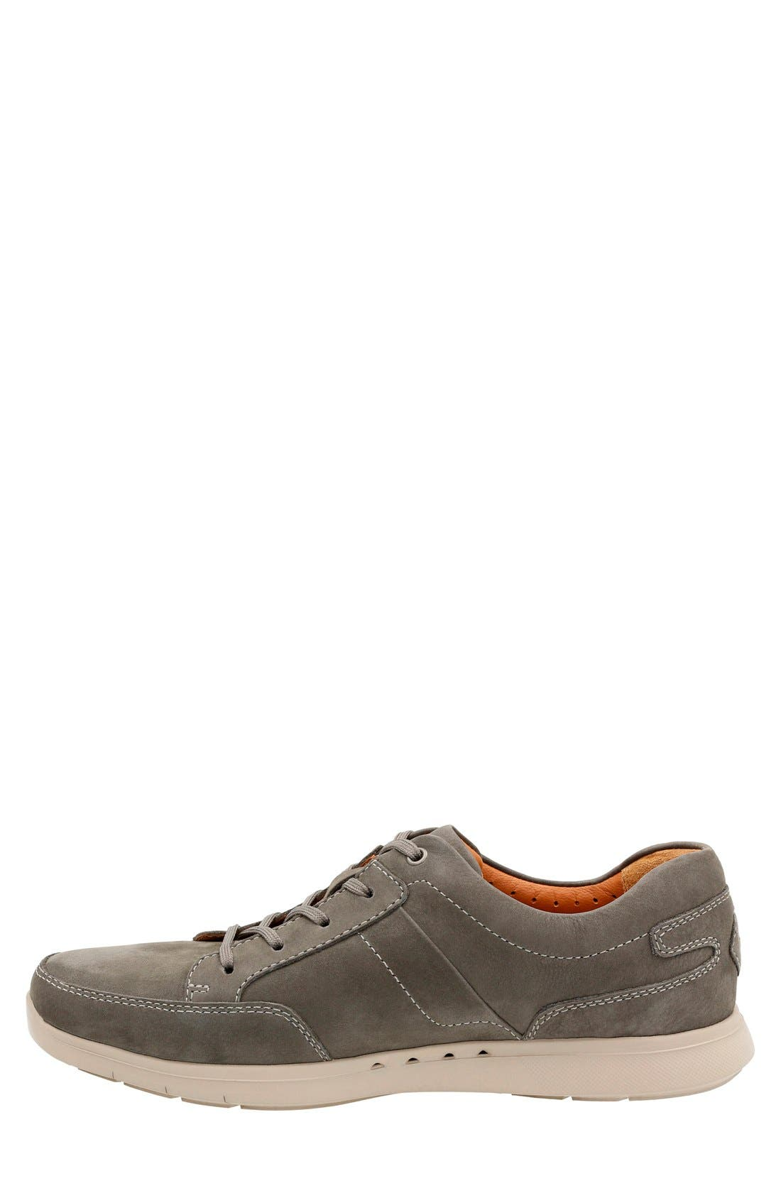 Alternate Image 2  - Clarks® 'Unstructured - Lomac' Leather Sneaker (Men)