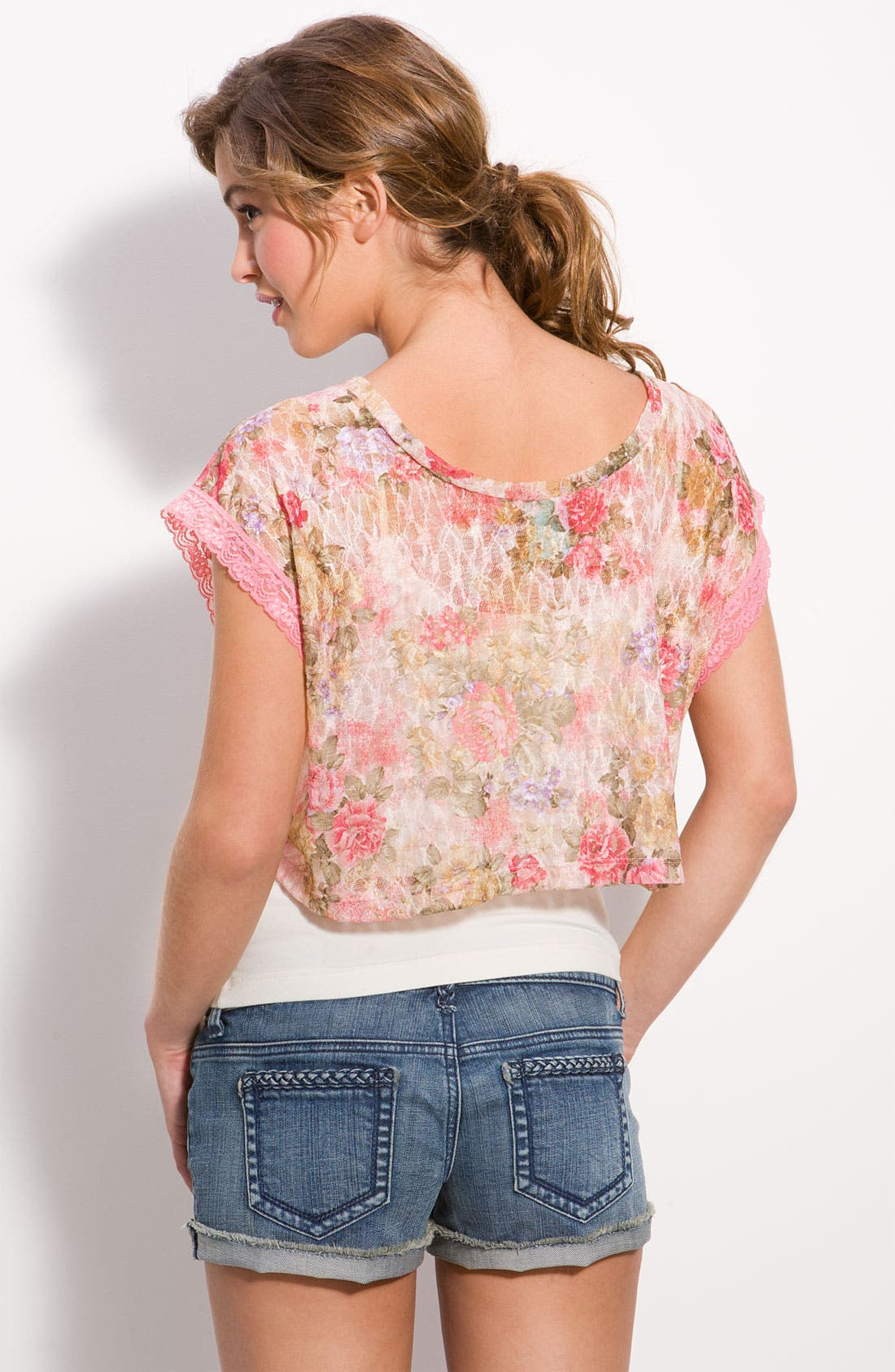 Alternate Image 2  - WallpapHer Floral Lace Cropped Top (Juniors)