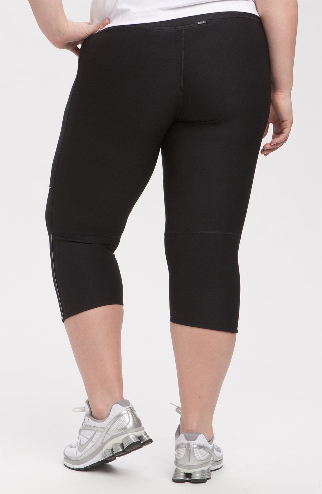 Alternate Image 2  - Nike 'Filament' Capris (Plus Size)
