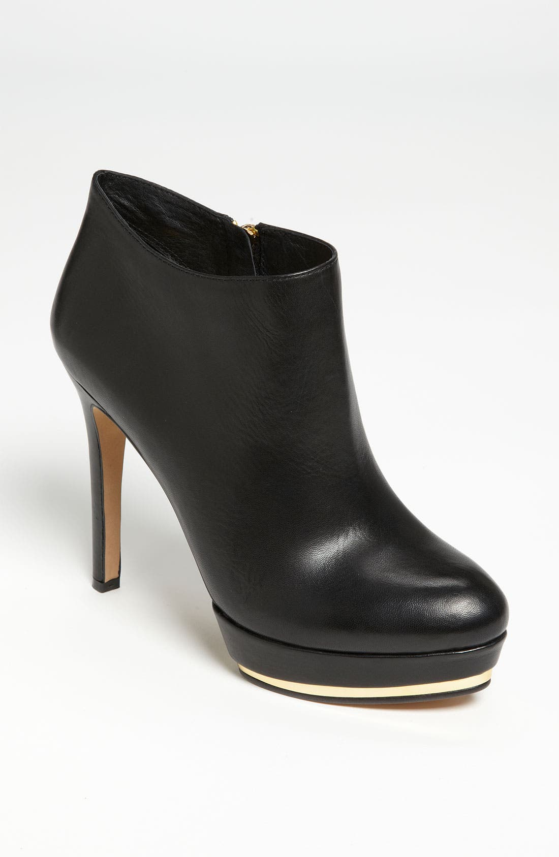 Alternate Image 1 Selected - Vince Camuto 'Dira' Bootie
