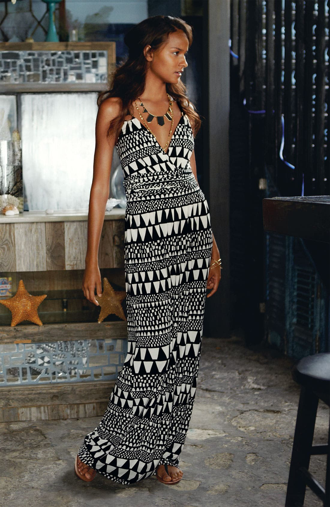 Alternate Image 1 Selected - Vince Camuto Maxi Dress & Accessories