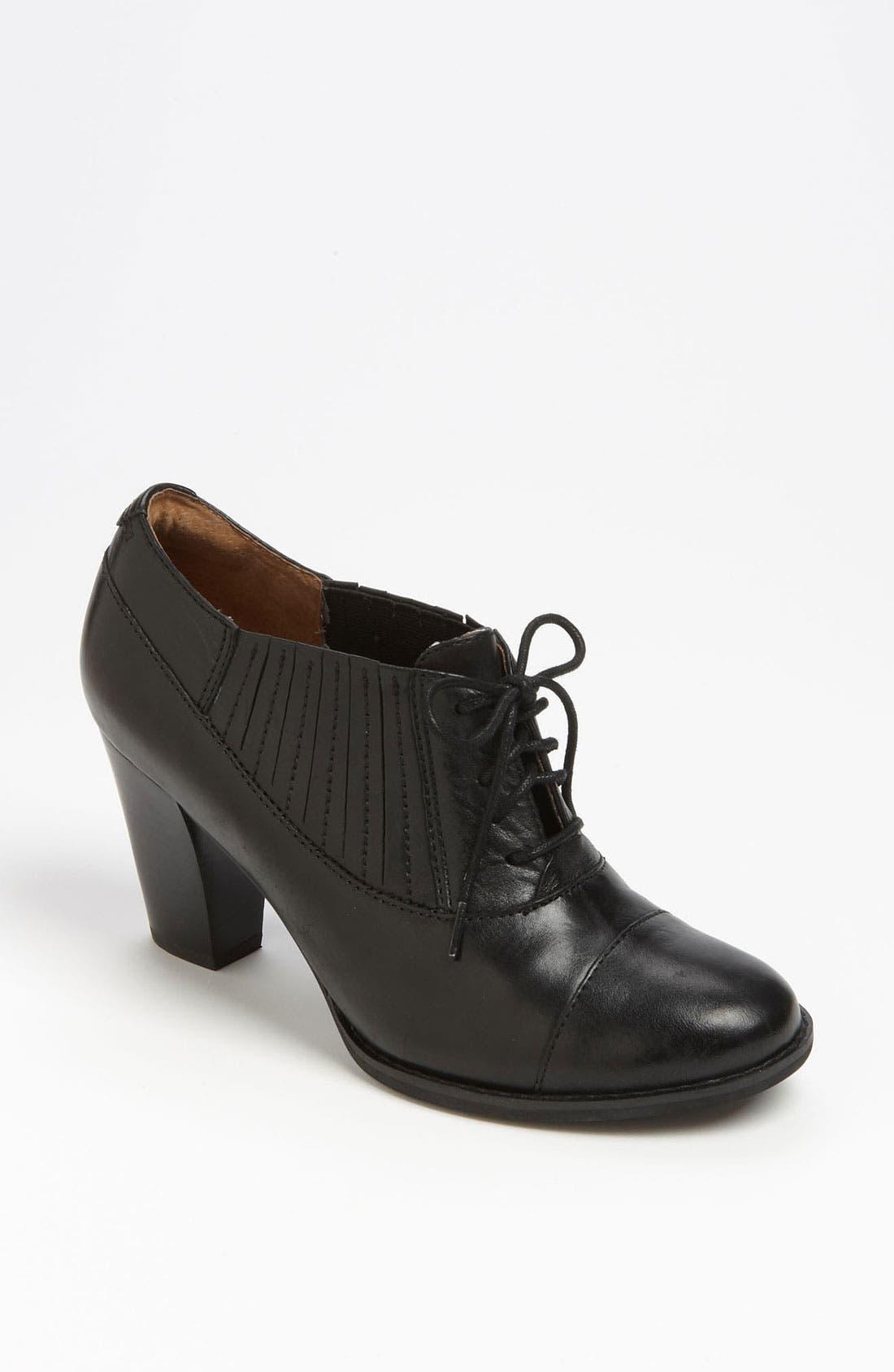 Main Image - Clarks® 'Heath Merlin' Boot