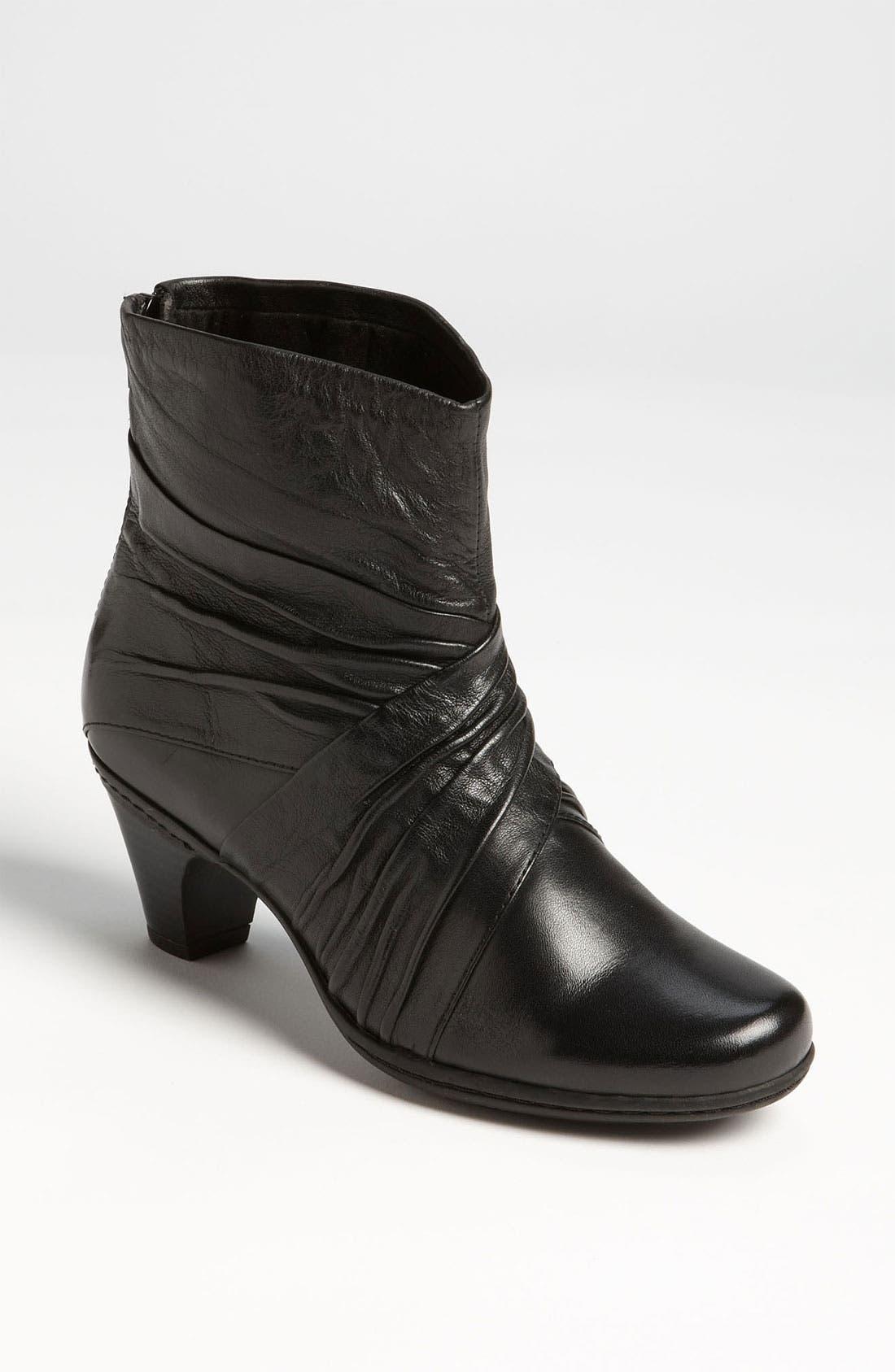 Main Image - Cobb Hill 'Shannon' Boot