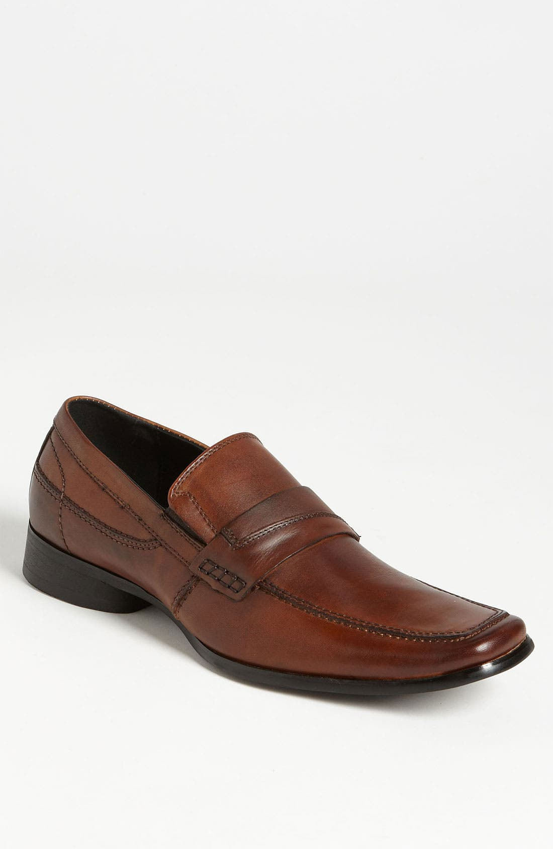 Alternate Image 1 Selected - Kenneth Cole Reaction 'The Right Note' Loafer (Online Only)