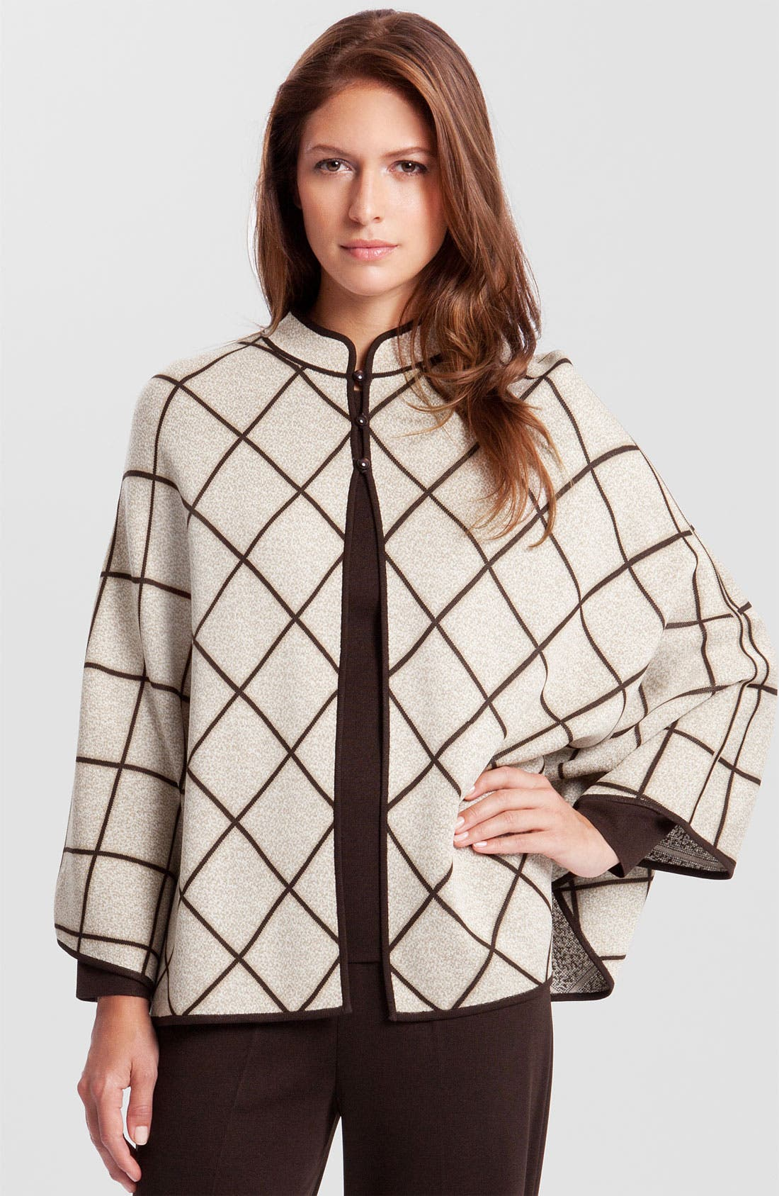 Alternate Image 1 Selected - Ming Wang Reversible Knit Cape