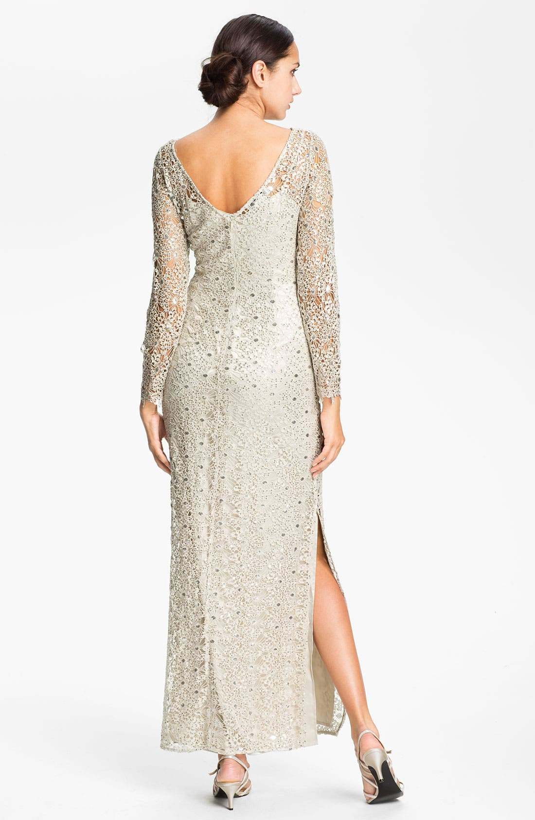 Alternate Image 2  - Kay Unger Open Back Metallic Lace Gown