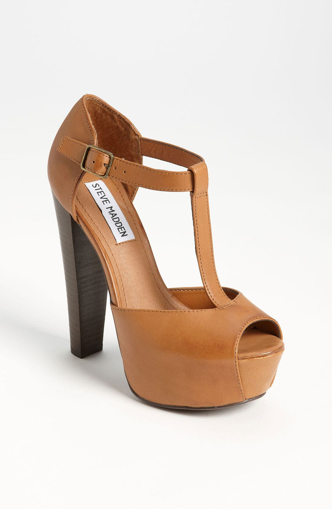 Alternate Image 1 Selected - Steve Madden 'Dyvine' Platform Pump