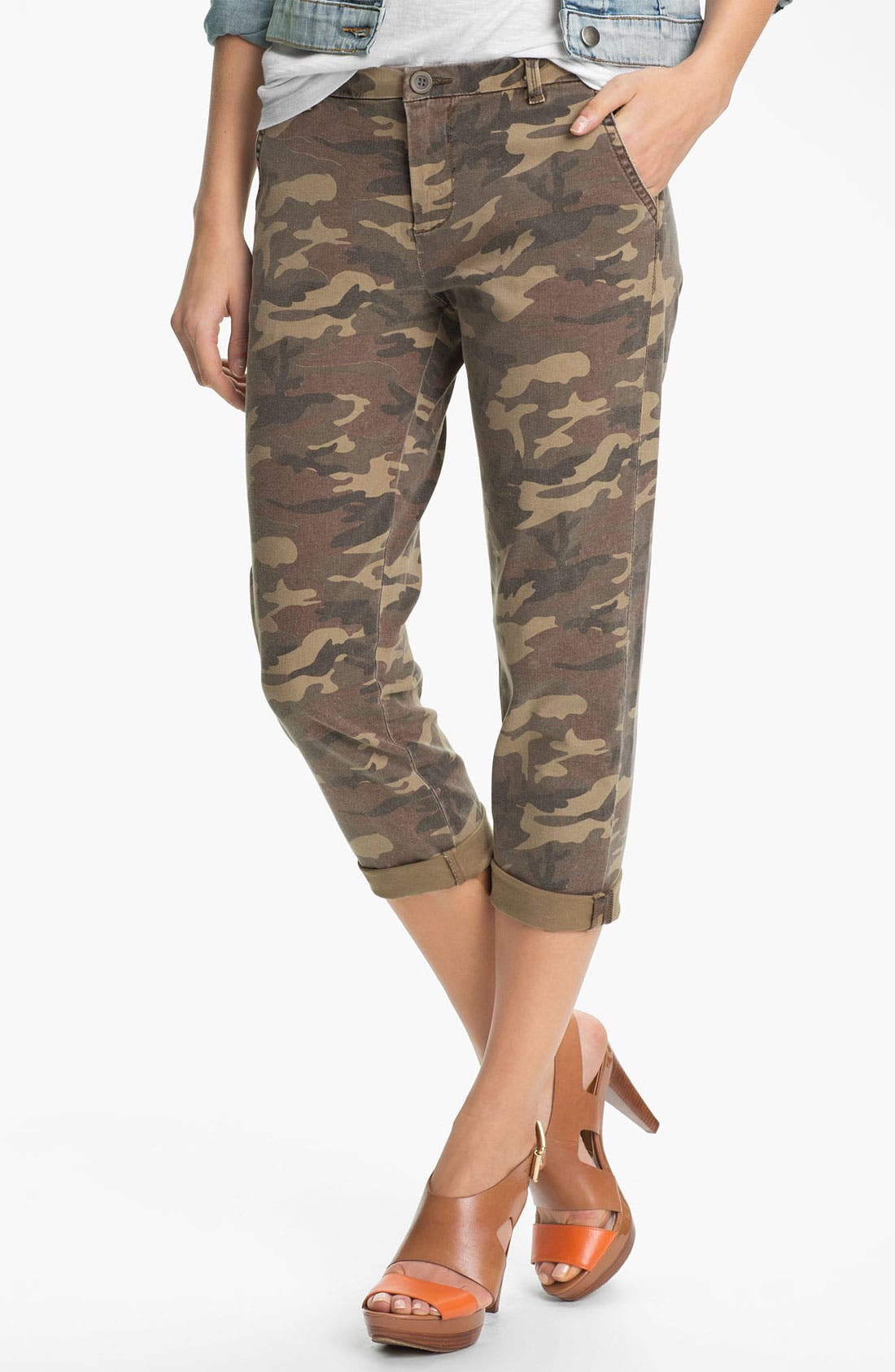 Main Image - KUT from the Kloth 'Gwen' Camo Crop Pants