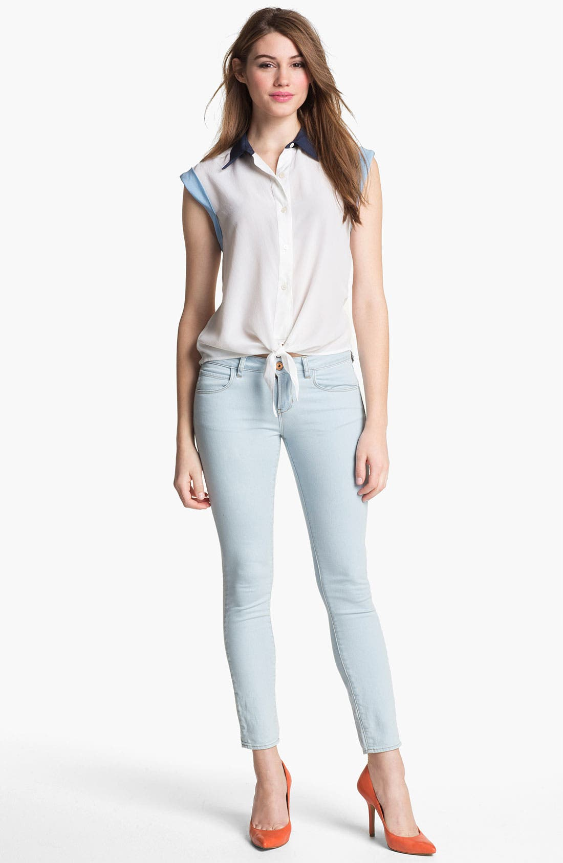 Alternate Image 4  - Two by Vince Camuto Skinny Jeans (Pale Blue)