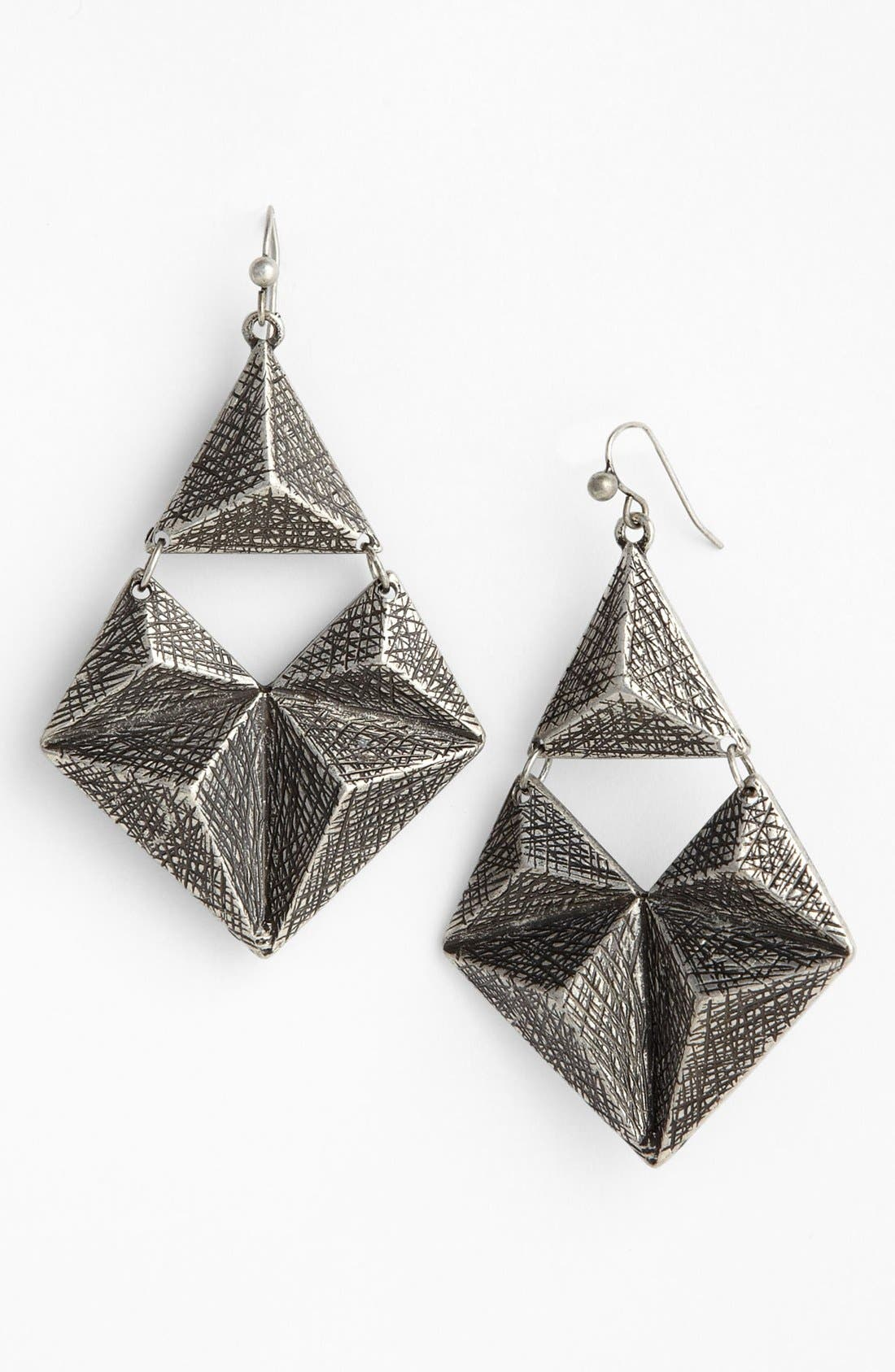 Main Image - Robert Rose Etched Pyramid Earrings