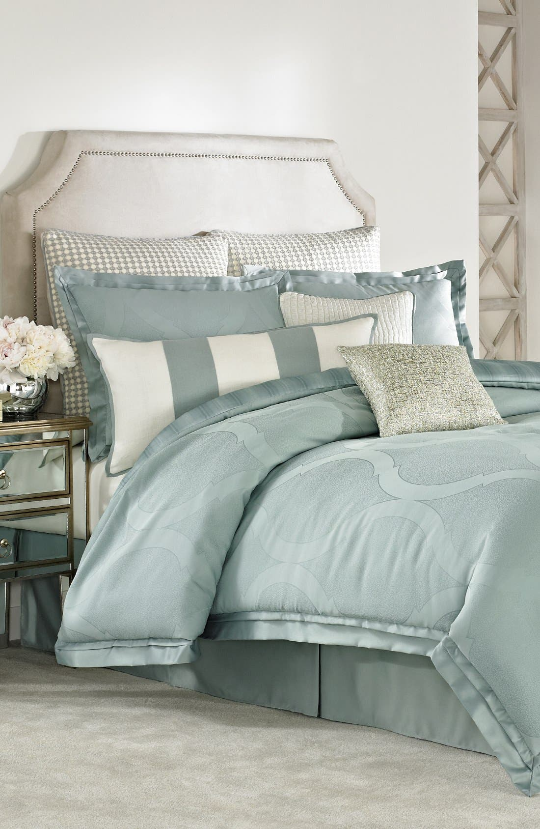 Main Image - Vince Camuto 'Bal Harbour' Comforter Set
