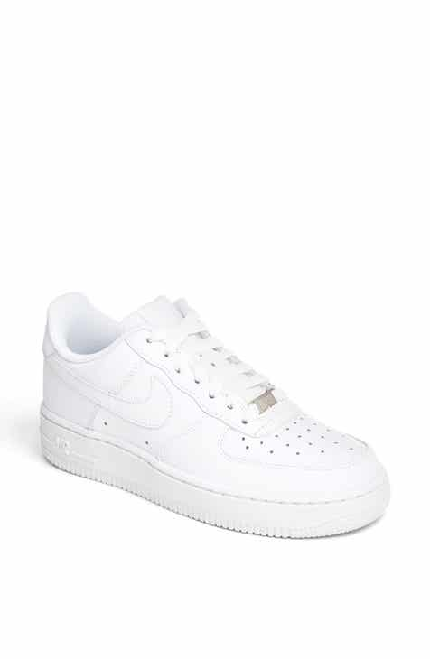 3f55bfc2be90 Nike  Air Force 1  Basketball Sneaker