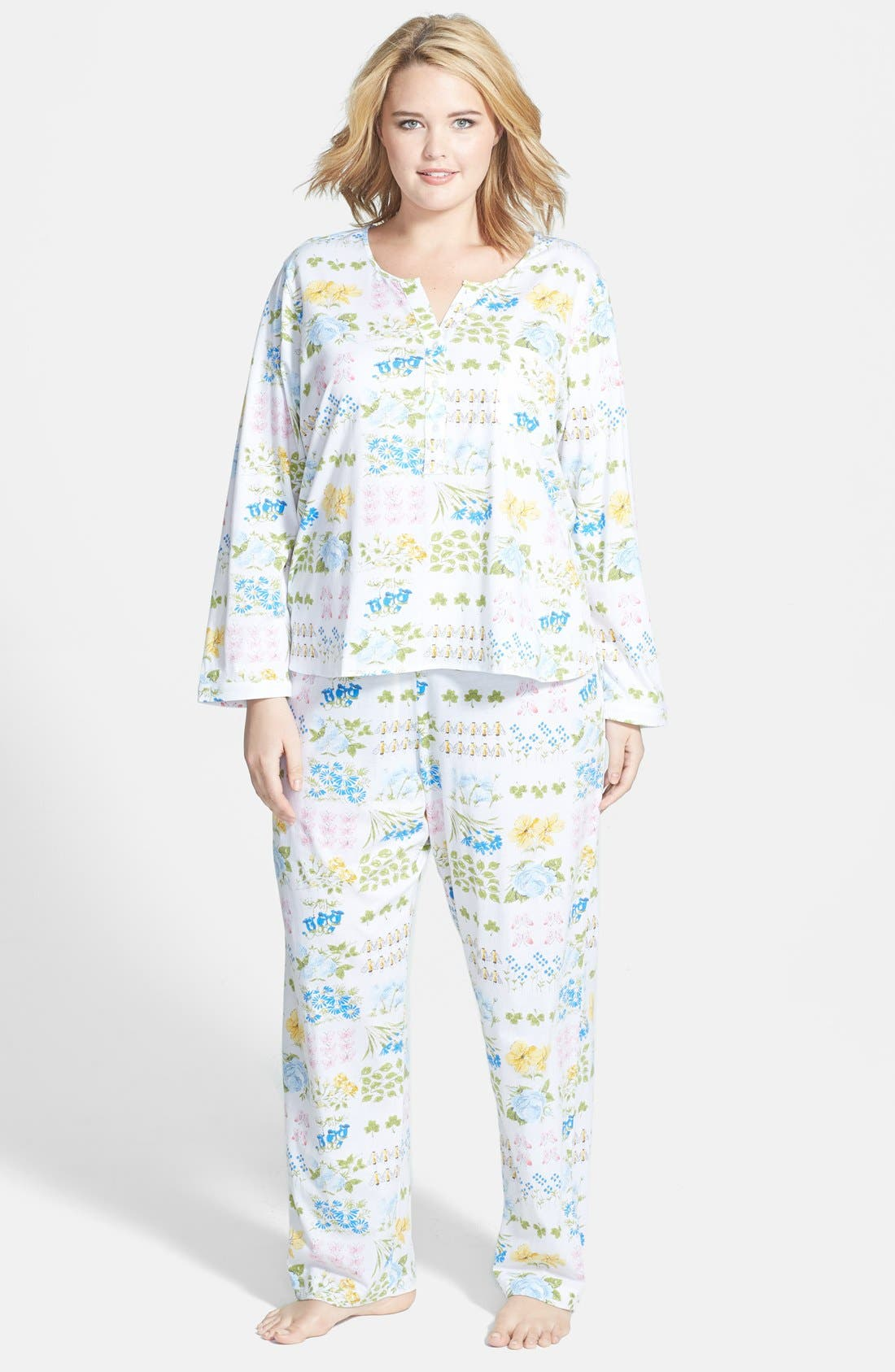 Alternate Image 1 Selected - Carole Hochman Designs 'Butterfly Garden' Pajamas (Plus Size)