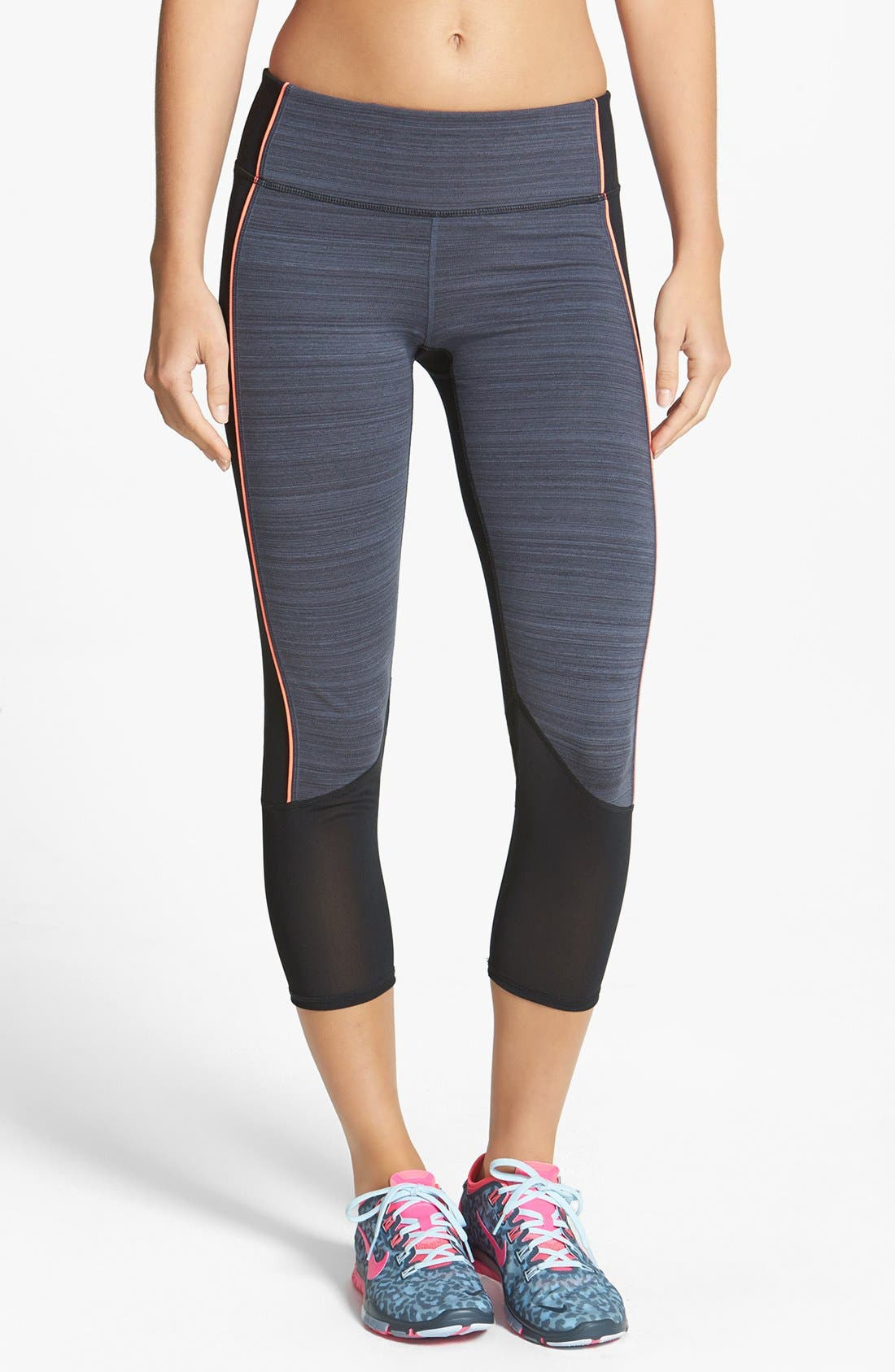 Main Image - Zella 'Live In - Triple Play Horizon' Colorblock Capris