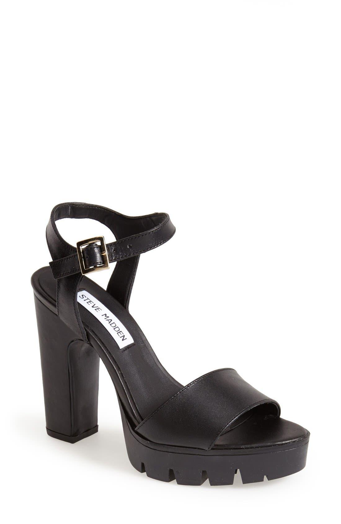 Alternate Image 1 Selected - Steve Madden 'Traiin' Platform Sandal (Women)