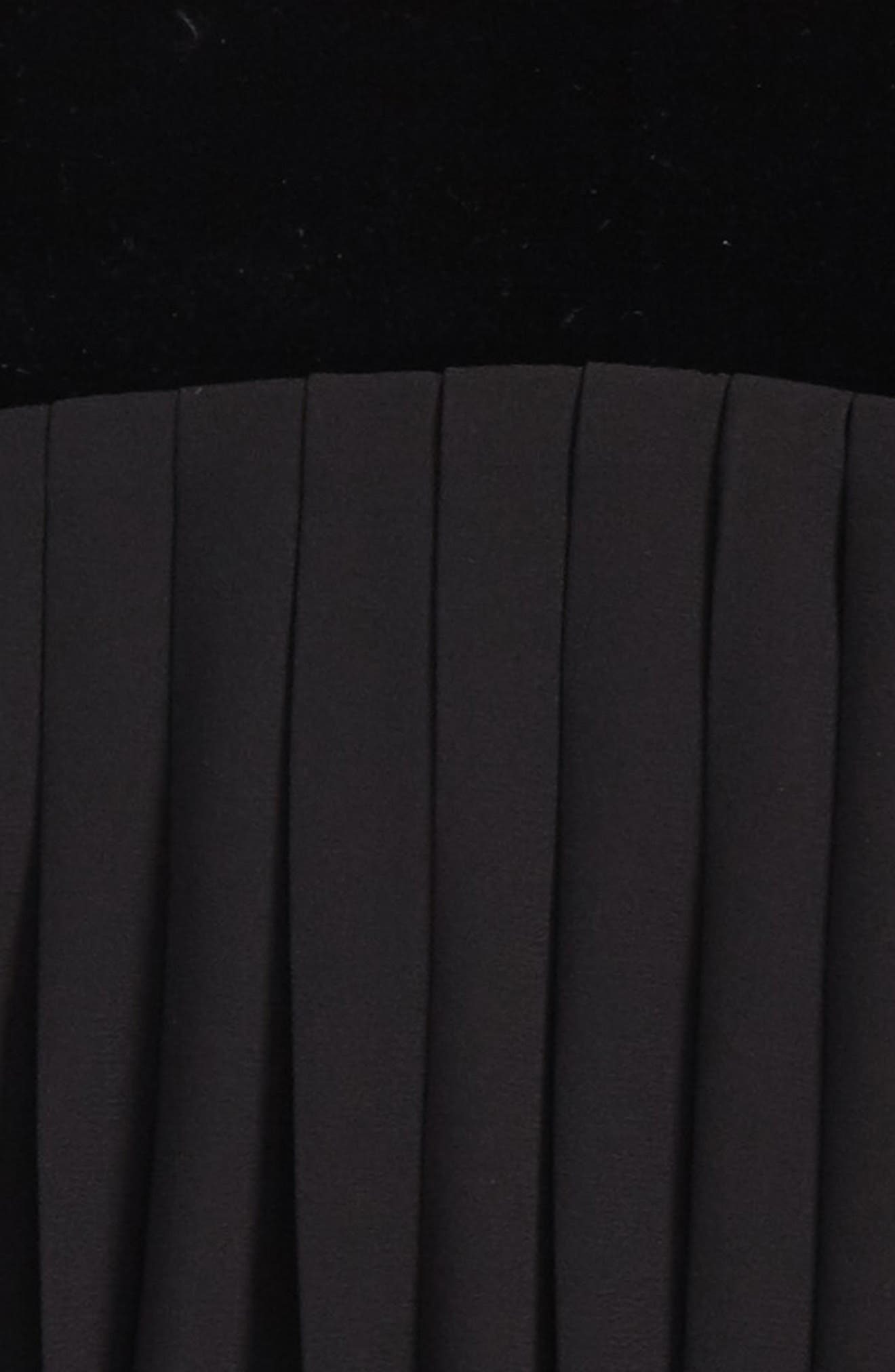 Pleated Top,                             Alternate thumbnail 2, color,                             001