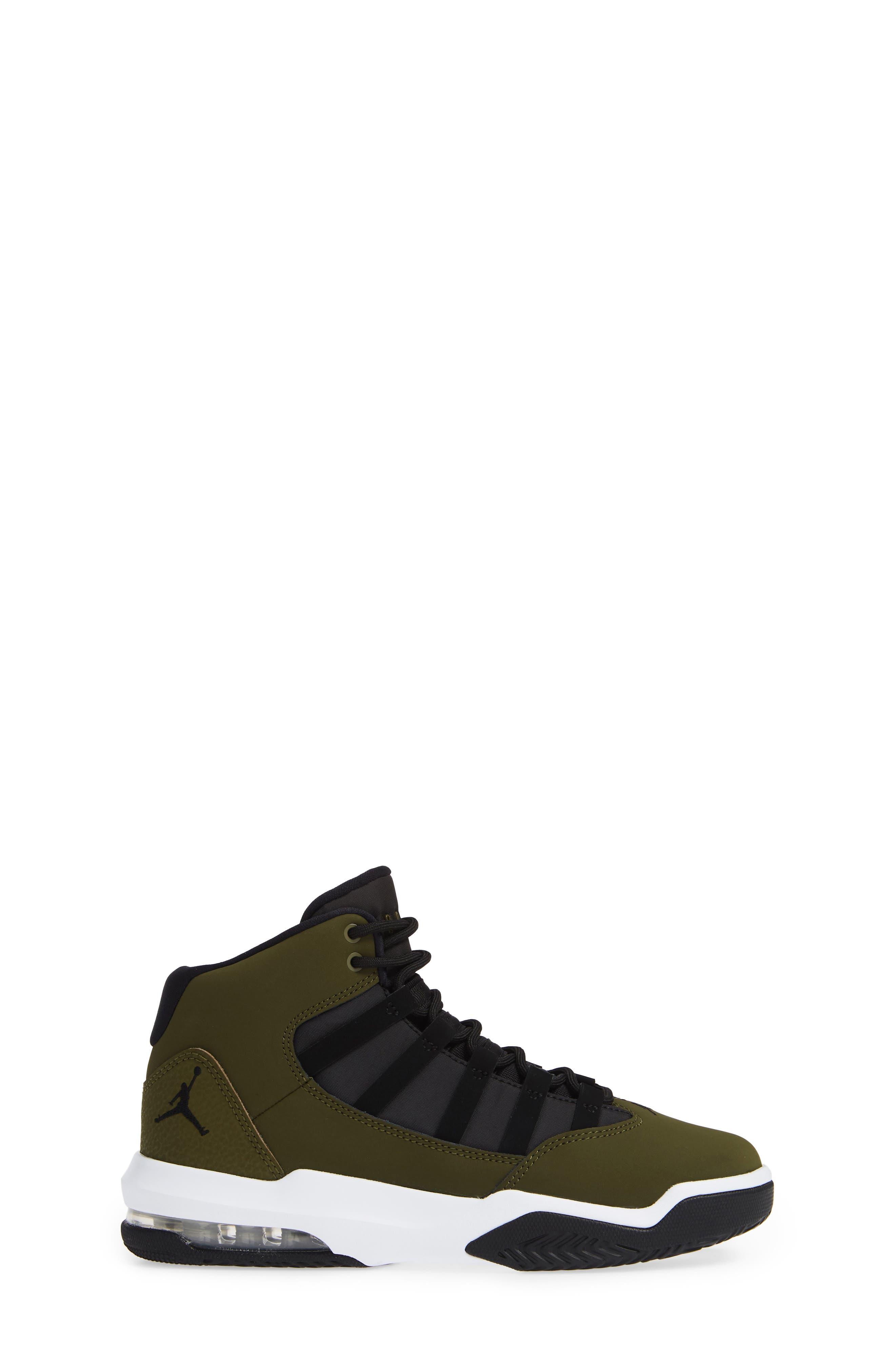 Jordan Max Aura Basketball Shoe,                             Alternate thumbnail 3, color,                             OLIVE CANVAS/ BLACK/ WHITE