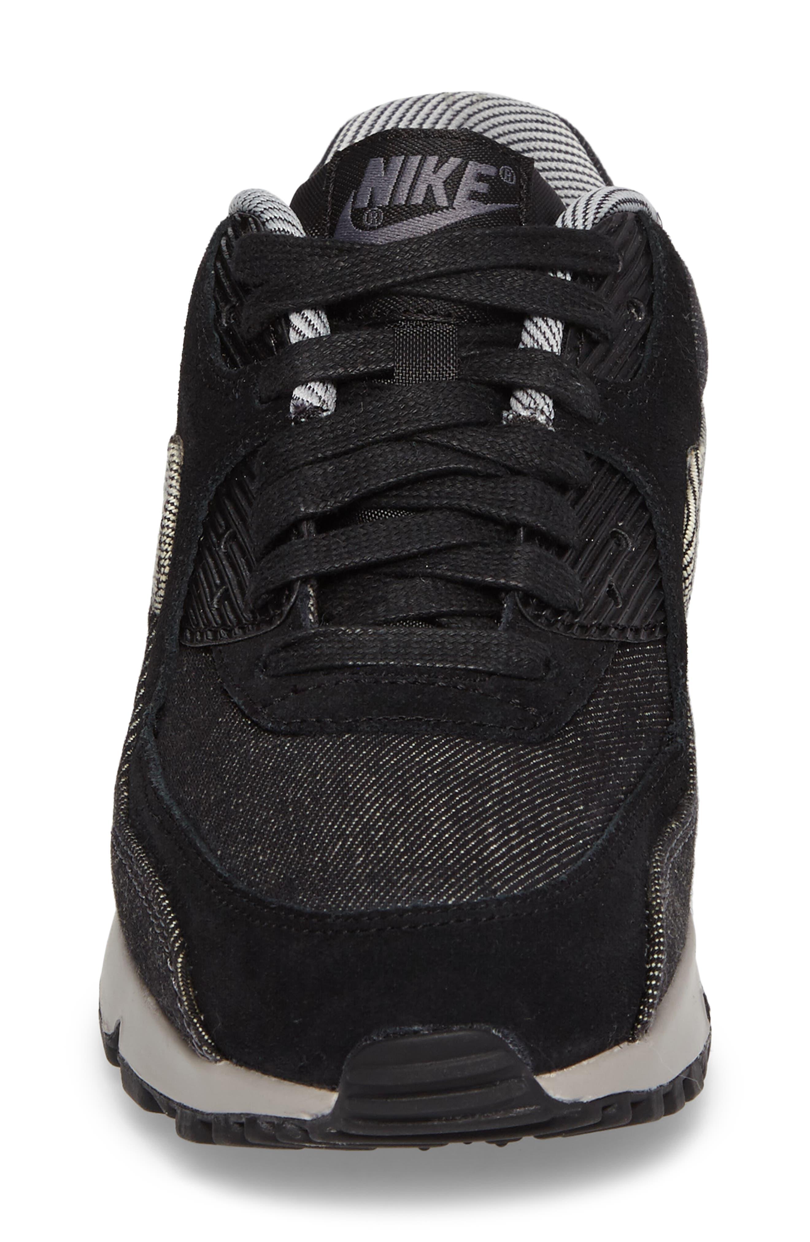 Air Max 90 SE Sneaker,                             Alternate thumbnail 32, color,
