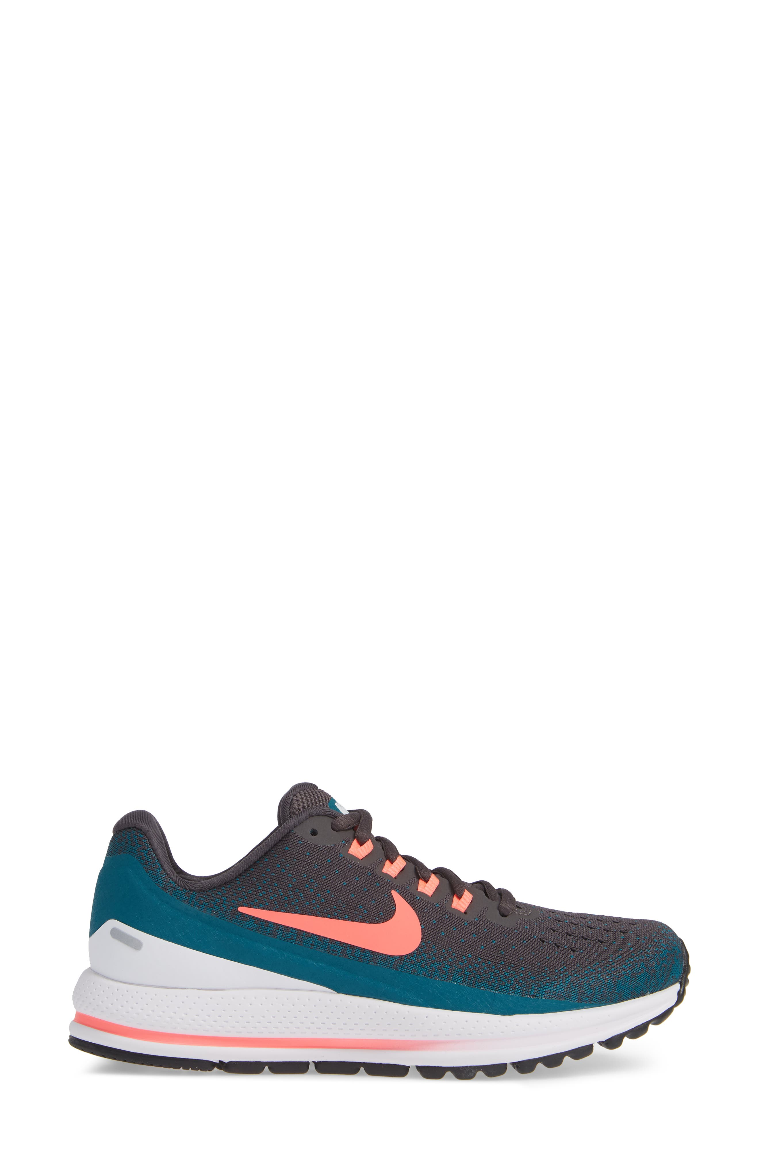 Air Zoom Vomero 13 Running Shoe,                             Alternate thumbnail 19, color,