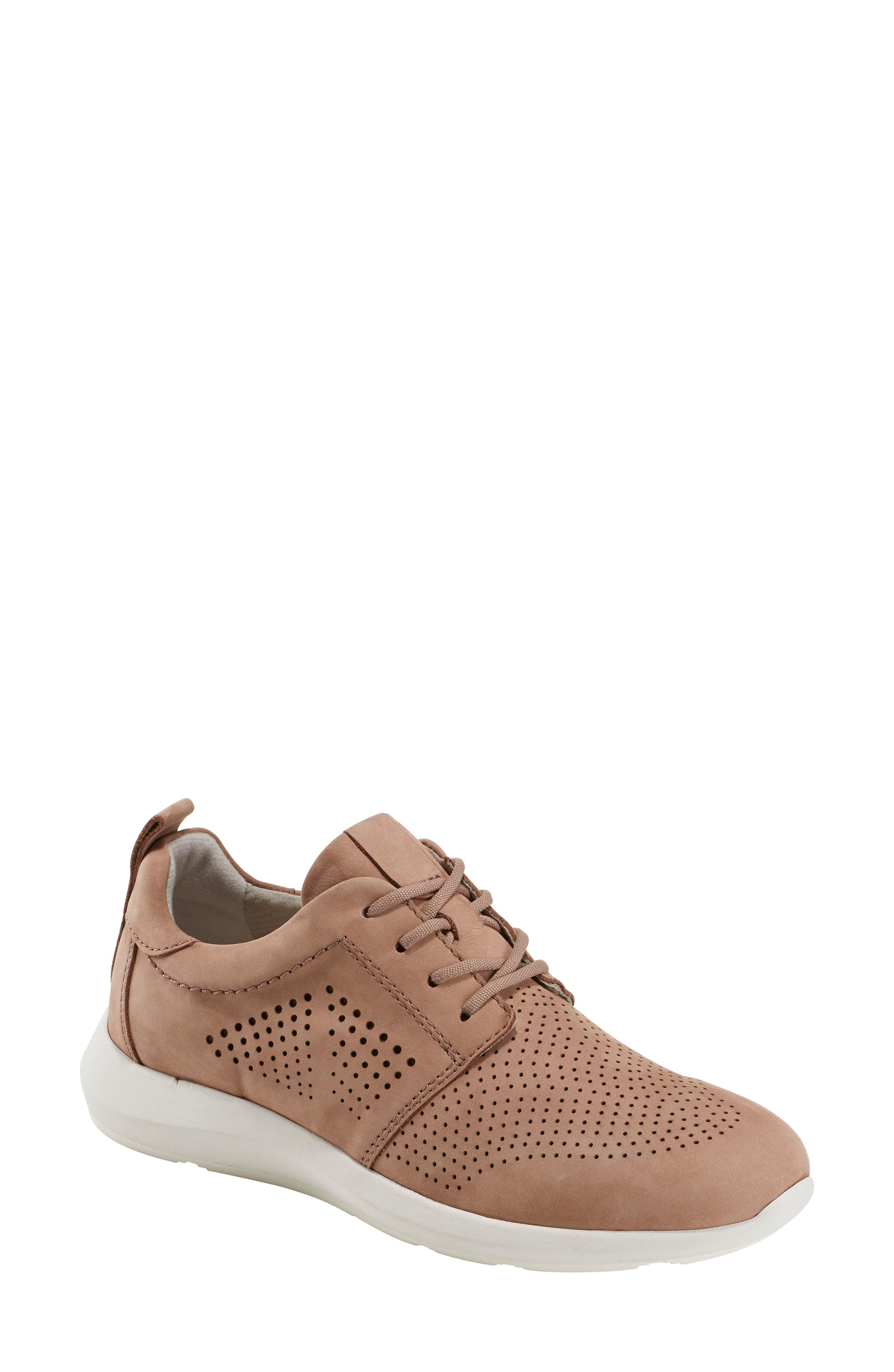 Earth Flux Sneaker, Brown