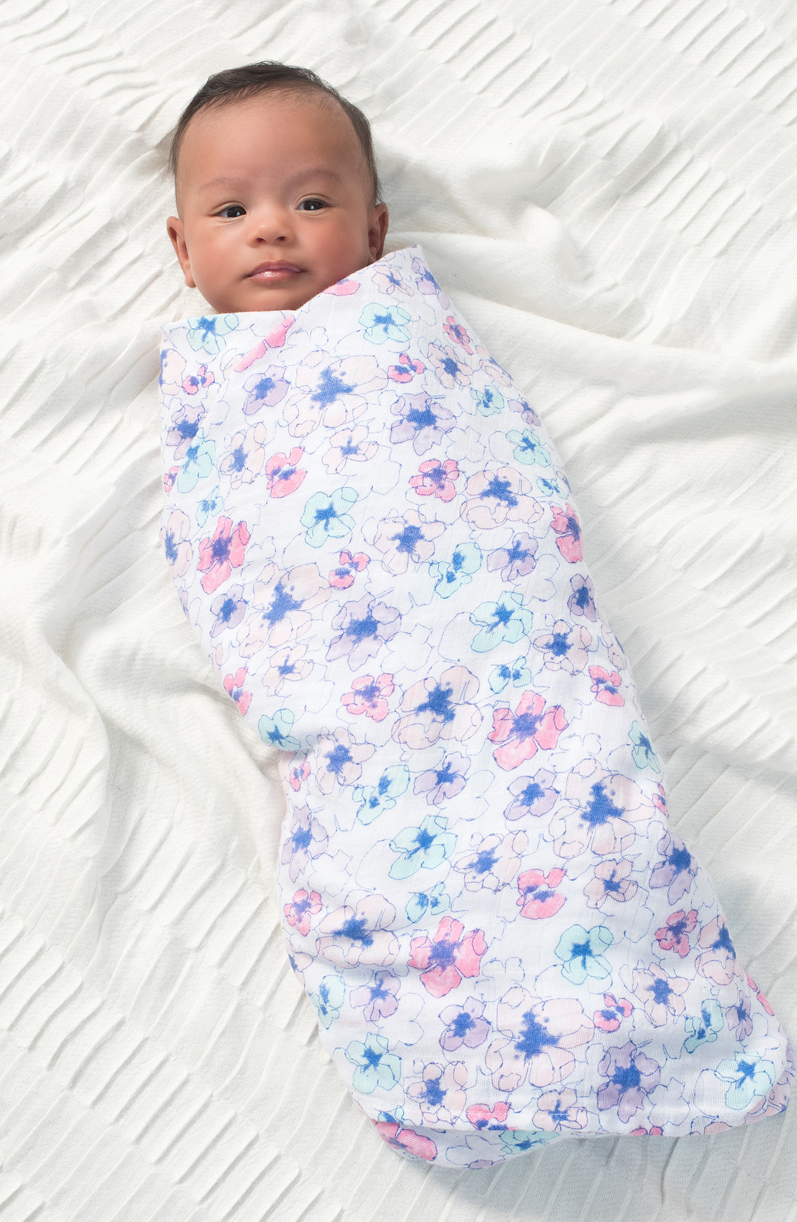 Classic Swaddling Cloth,                             Alternate thumbnail 3, color,                             TRAIL BLOOMS