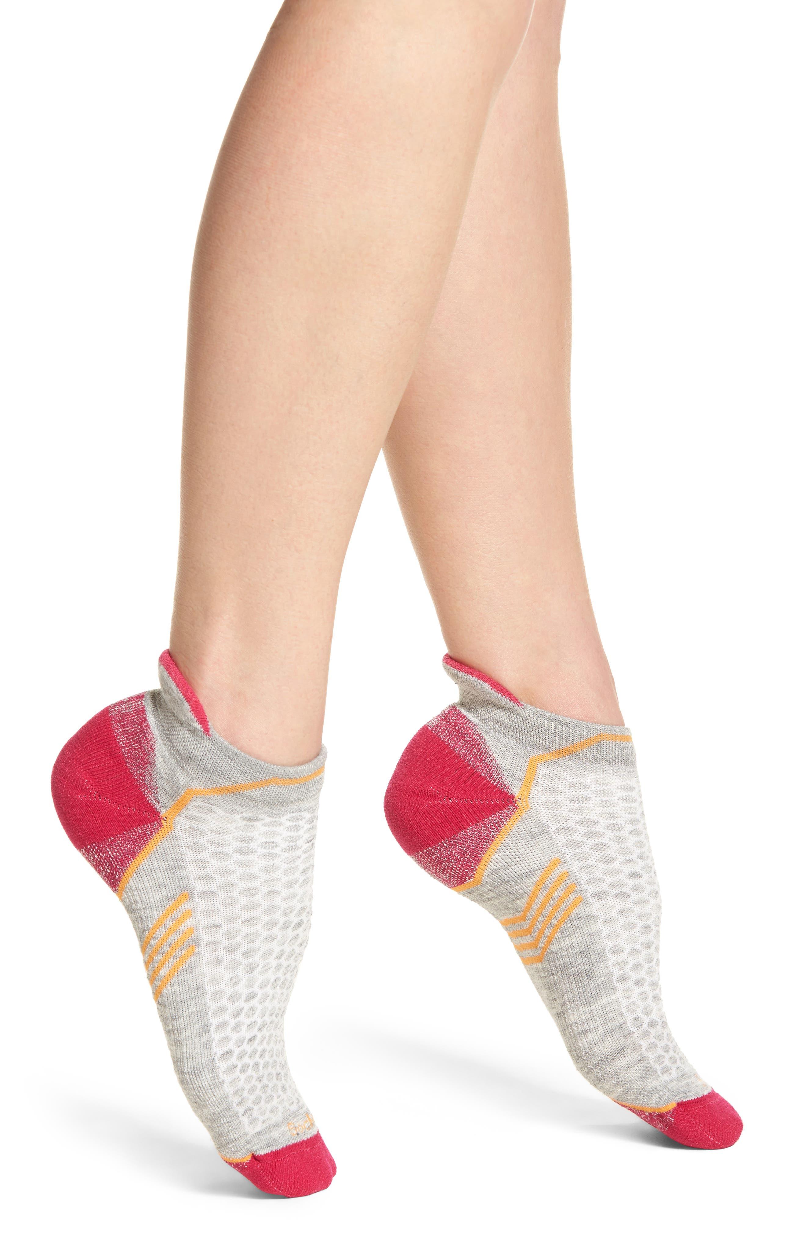 Incline Micro Compression Socks,                         Main,                         color, LIGHT GREY