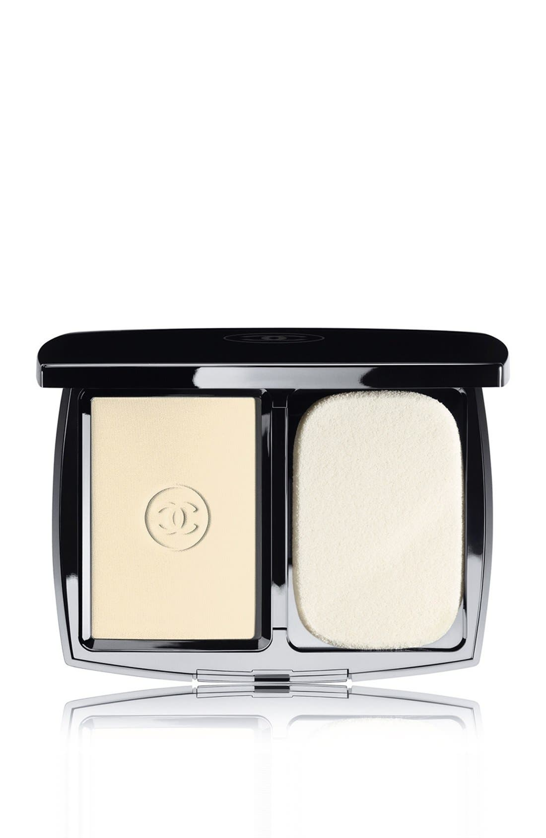 DOUBLE PERFECTION LUMIÈRE<br />Long-Wear Flawless Sunscreen Powder Makeup Broad Spectrum SPF 15,                             Main thumbnail 8, color,