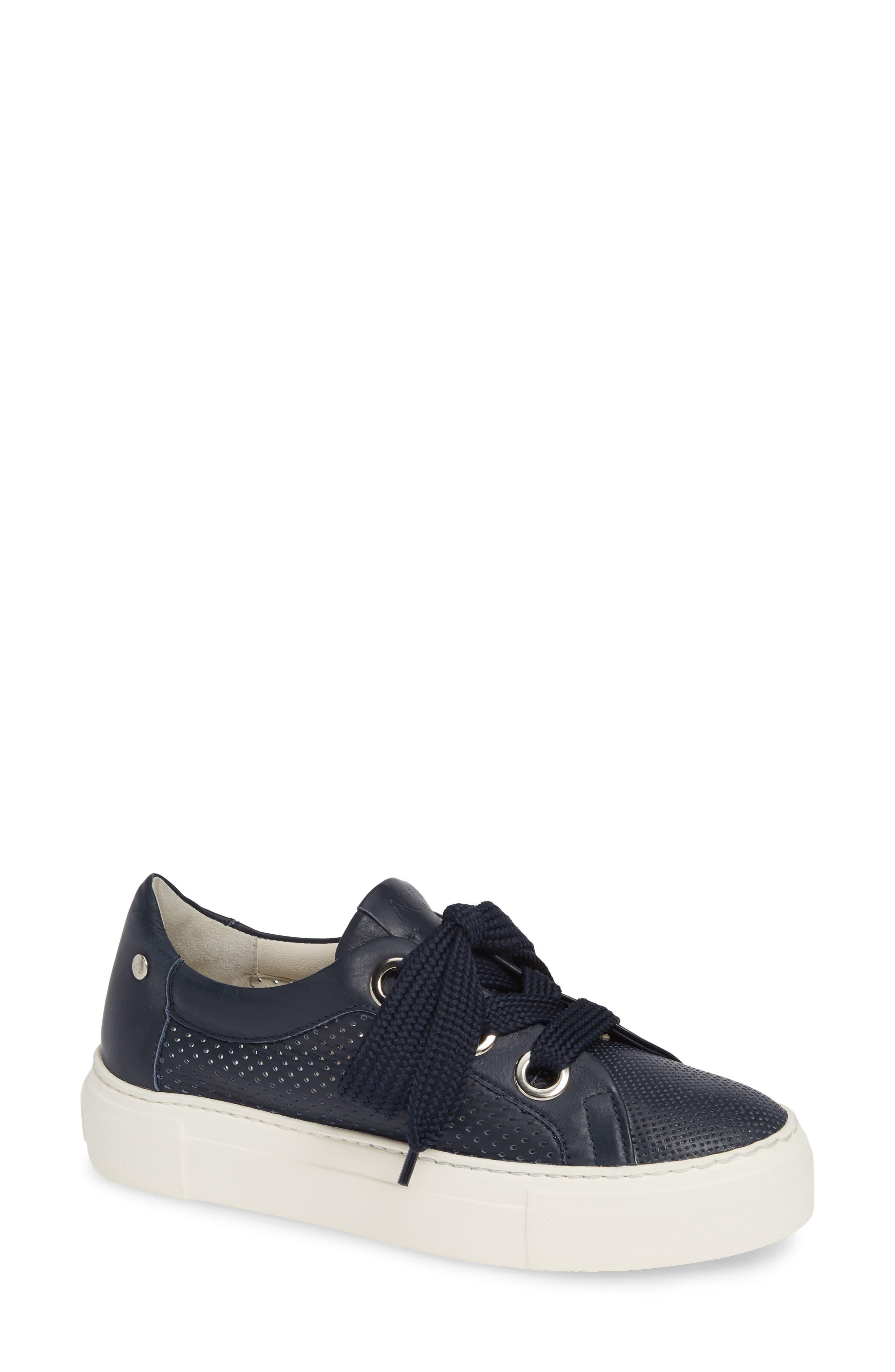 AGL ATTILIO GIUSTI LEOMBRUNI Perforated Platform Sneaker in Navy Leather