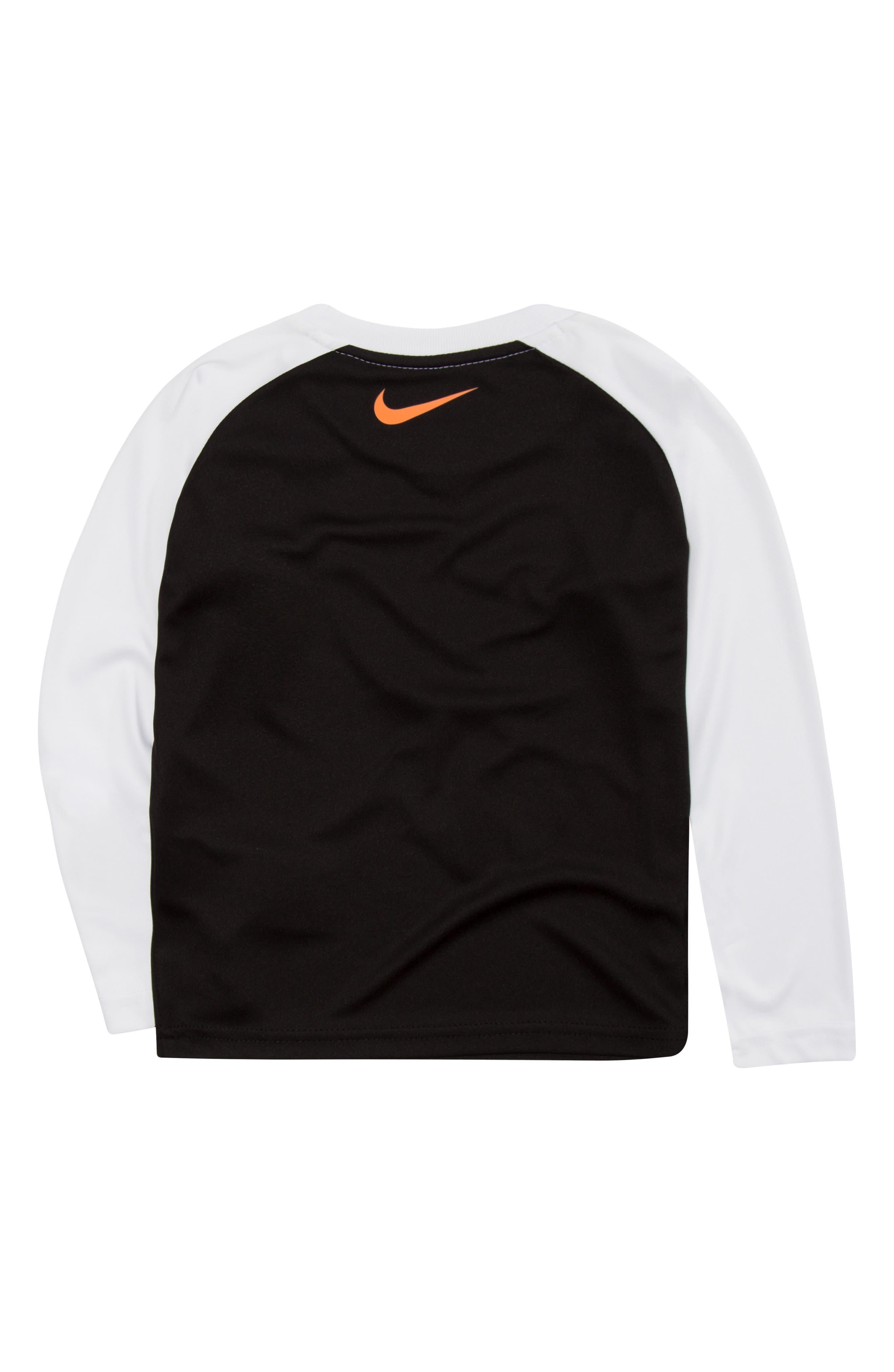Dry Swoosh Fill Raglan T-Shirt,                             Alternate thumbnail 4, color,                             BLACK
