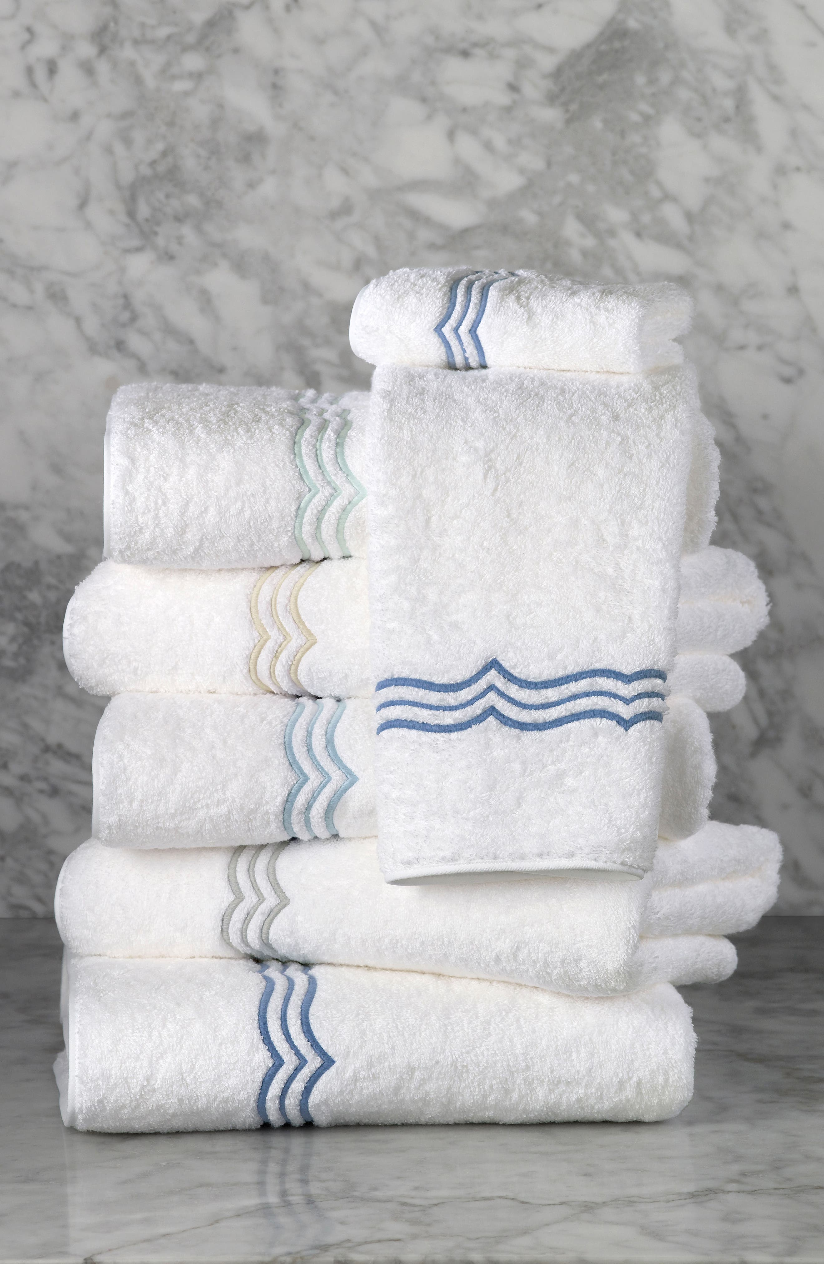 MATOUK,                             Paola Bath Towel,                             Alternate thumbnail 4, color,                             040