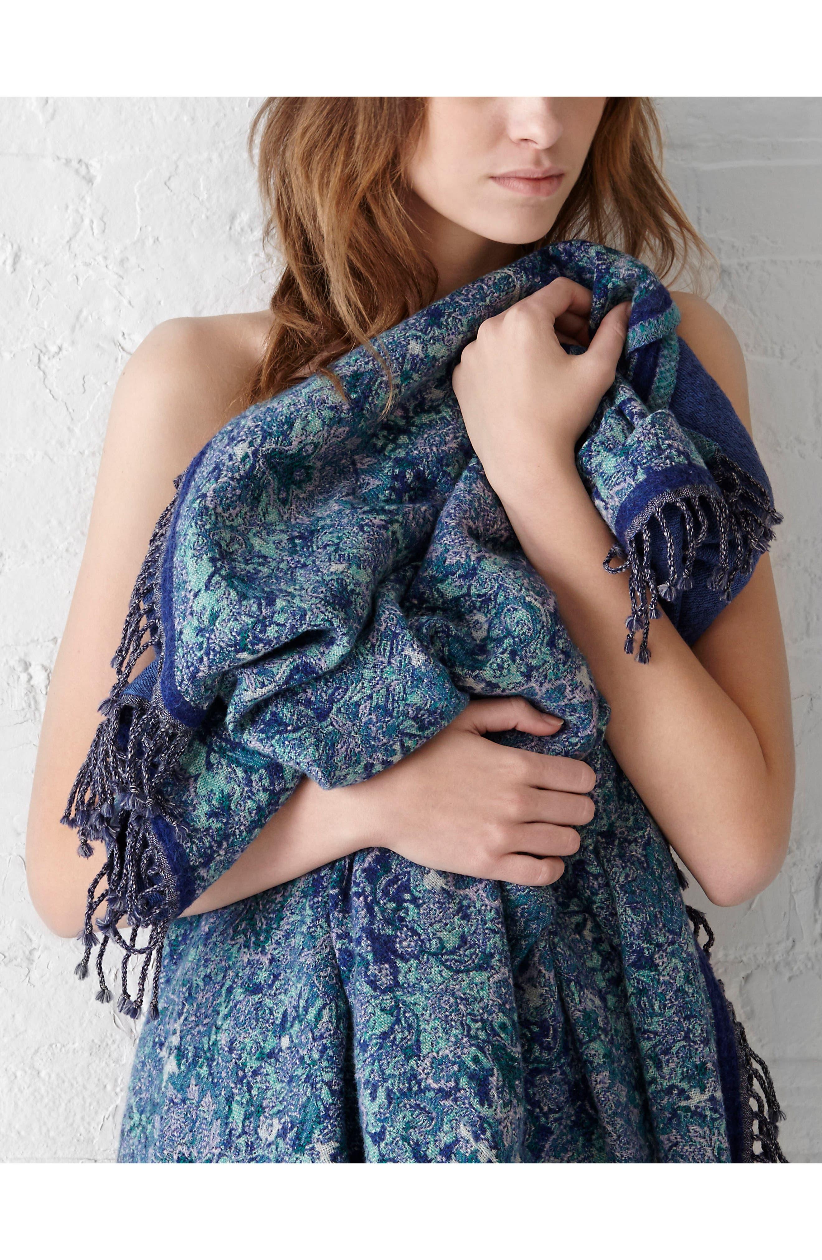 Flower Double Face Merino Wool Throw,                             Alternate thumbnail 4, color,                             NOUVEAU