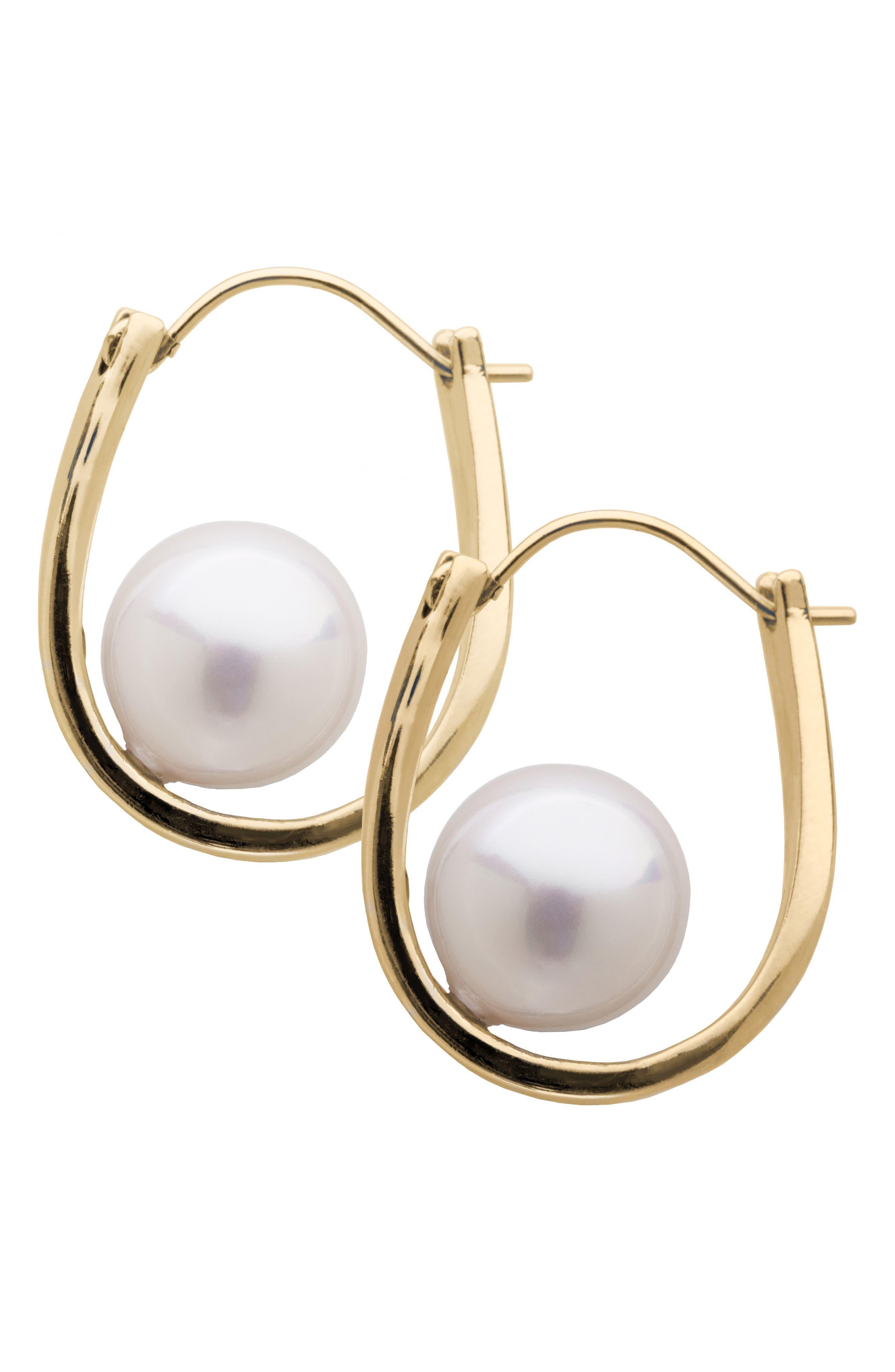 L. ERICKSON Simulated Pearl Hoop Earrings in Cream Pearl/ Gold