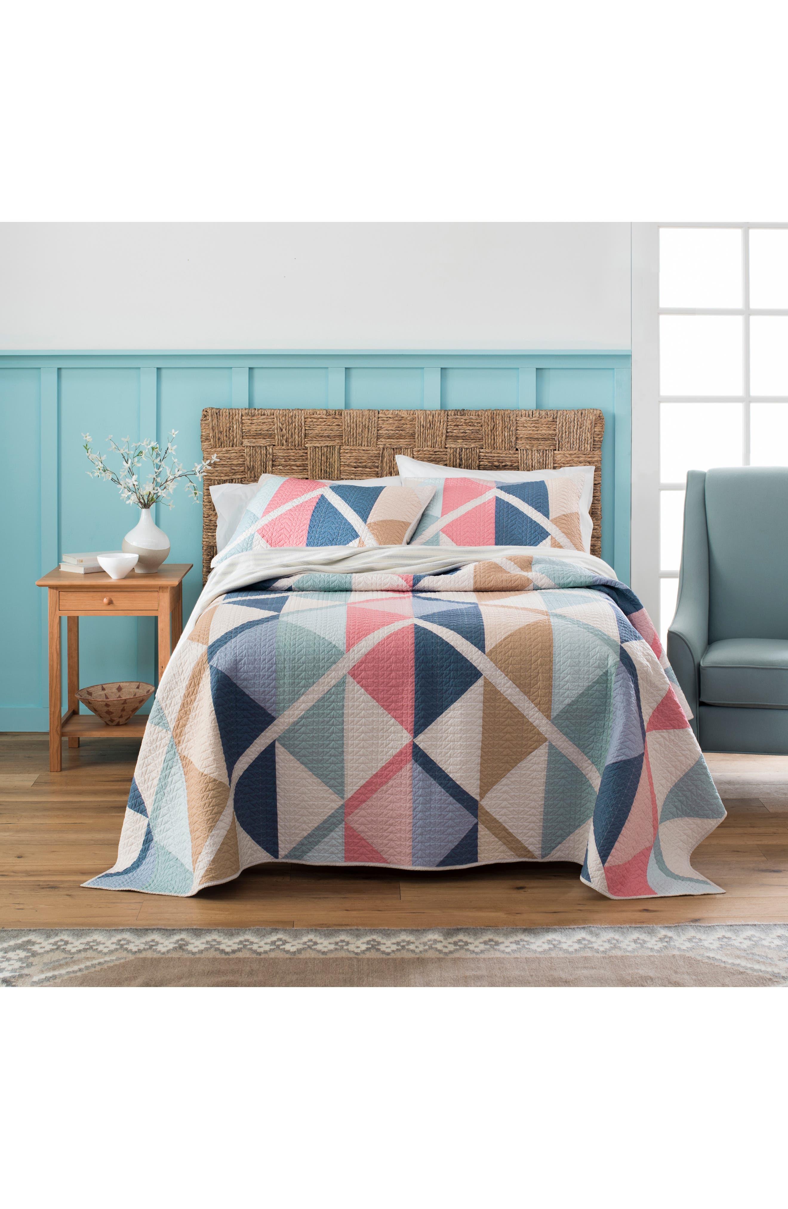PENDLETON Serrado Pieced Quilt & Sham Set, Main, color, TAN MULTI