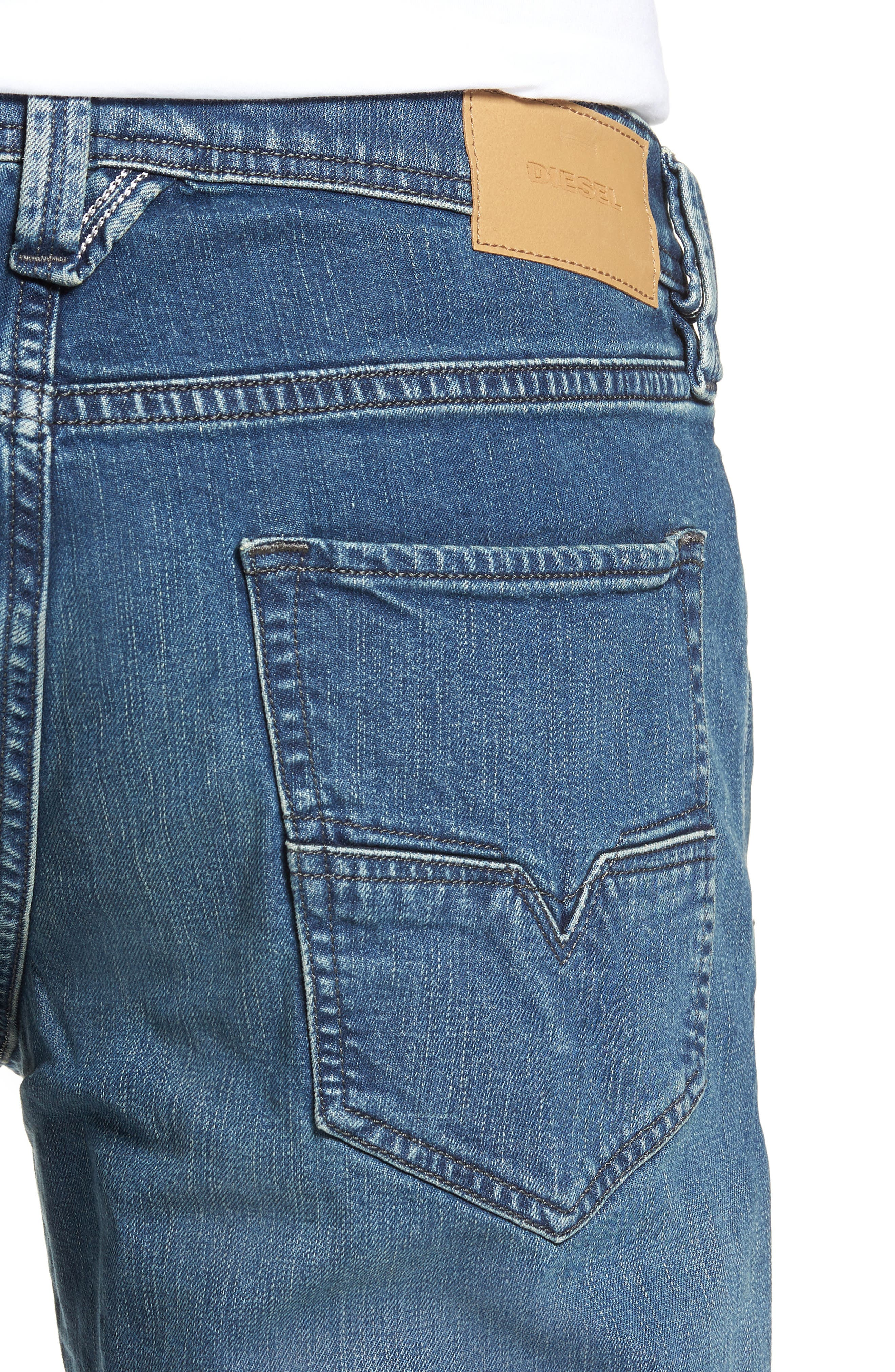 Larkee Relaxed Fit Jeans,                             Alternate thumbnail 4, color,                             400