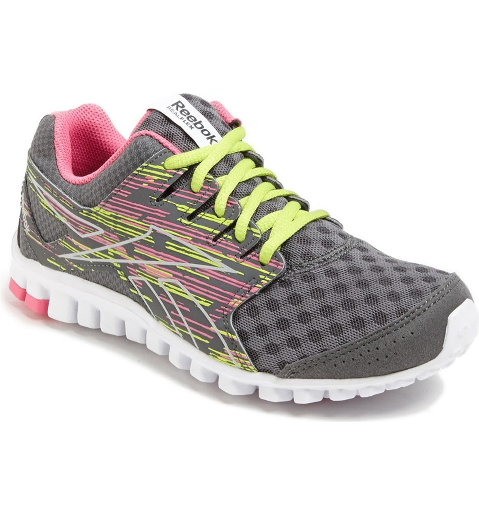 9266188ca3ff2a Reebok  RealFlex Scream 3.0  Running Shoe (Women)