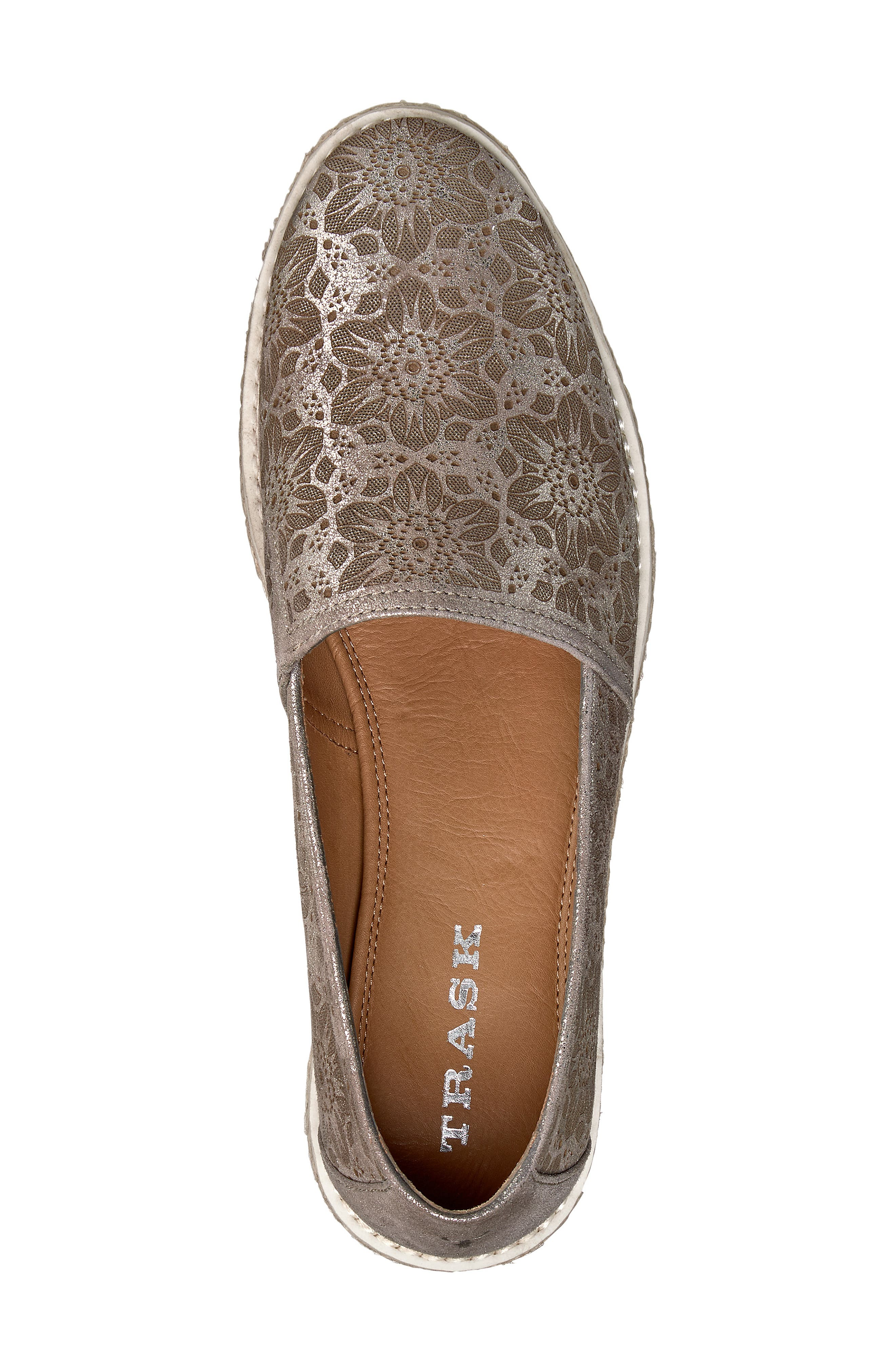 Cailyn Flat,                             Alternate thumbnail 5, color,                             PEWTER METALLIC SUEDE