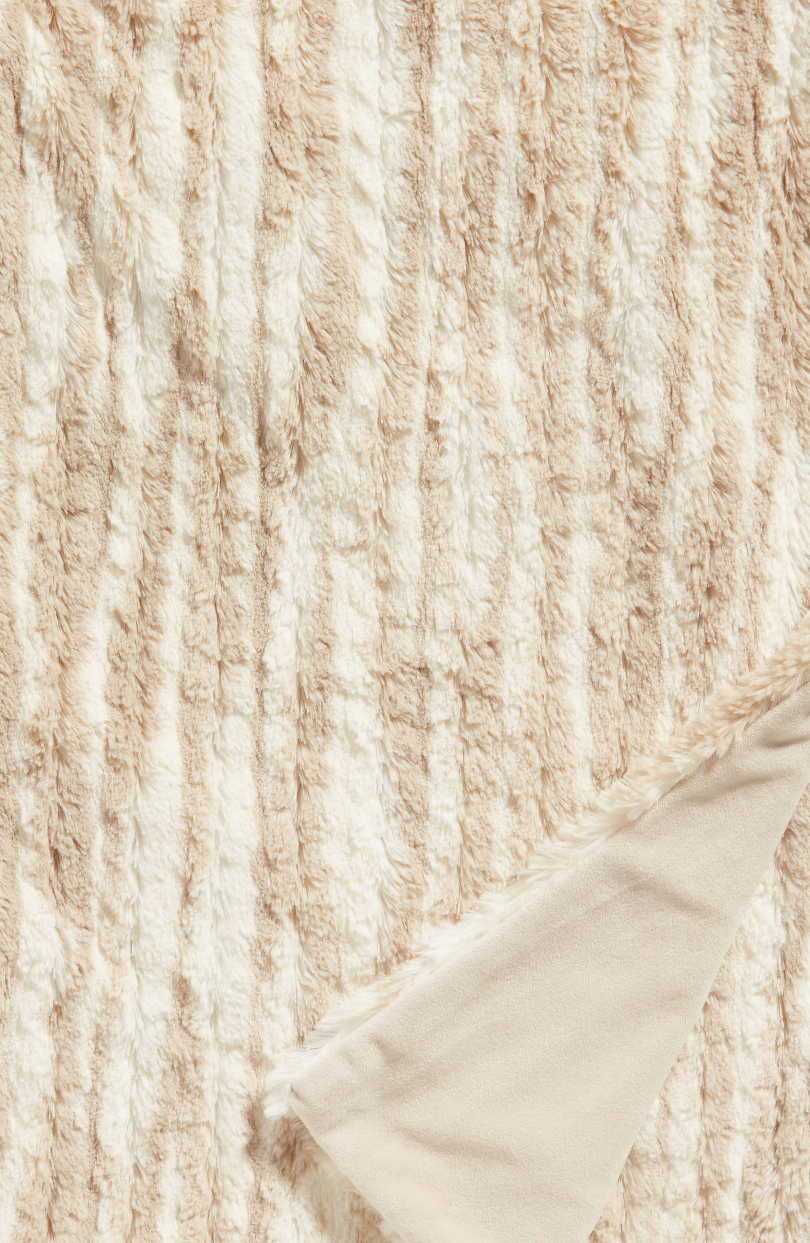 Soft Ribbed Plush Throw,                             Alternate thumbnail 2, color,                             BEIGE OATMEAL PRINT