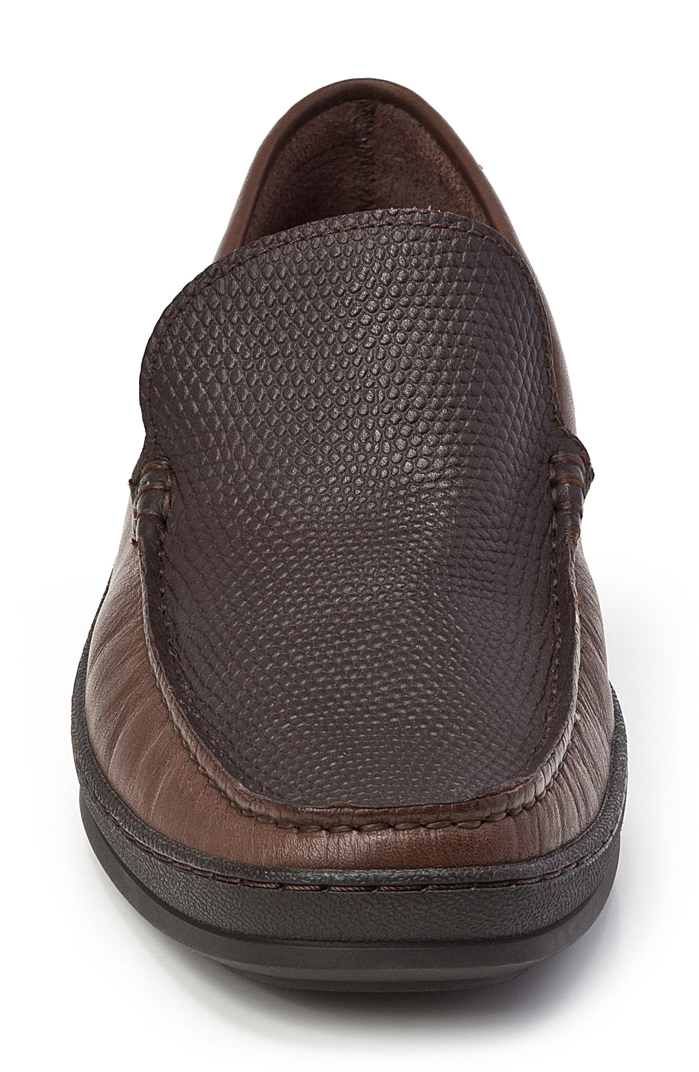 Torre Pebble Embossed Loafer,                             Alternate thumbnail 4, color,                             200