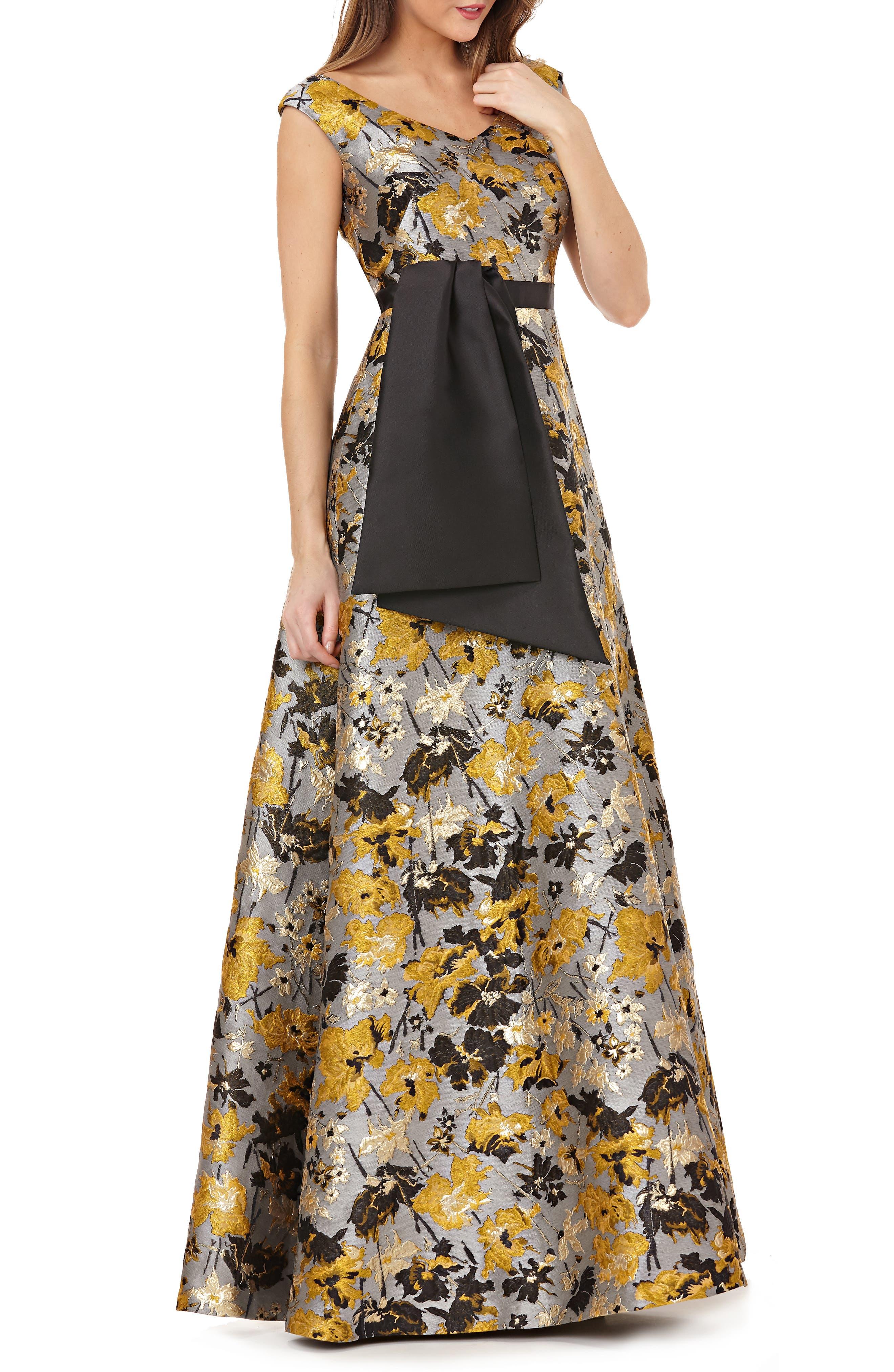 KAY UNGER Portrait Floral Jacquard Gown in Dijon
