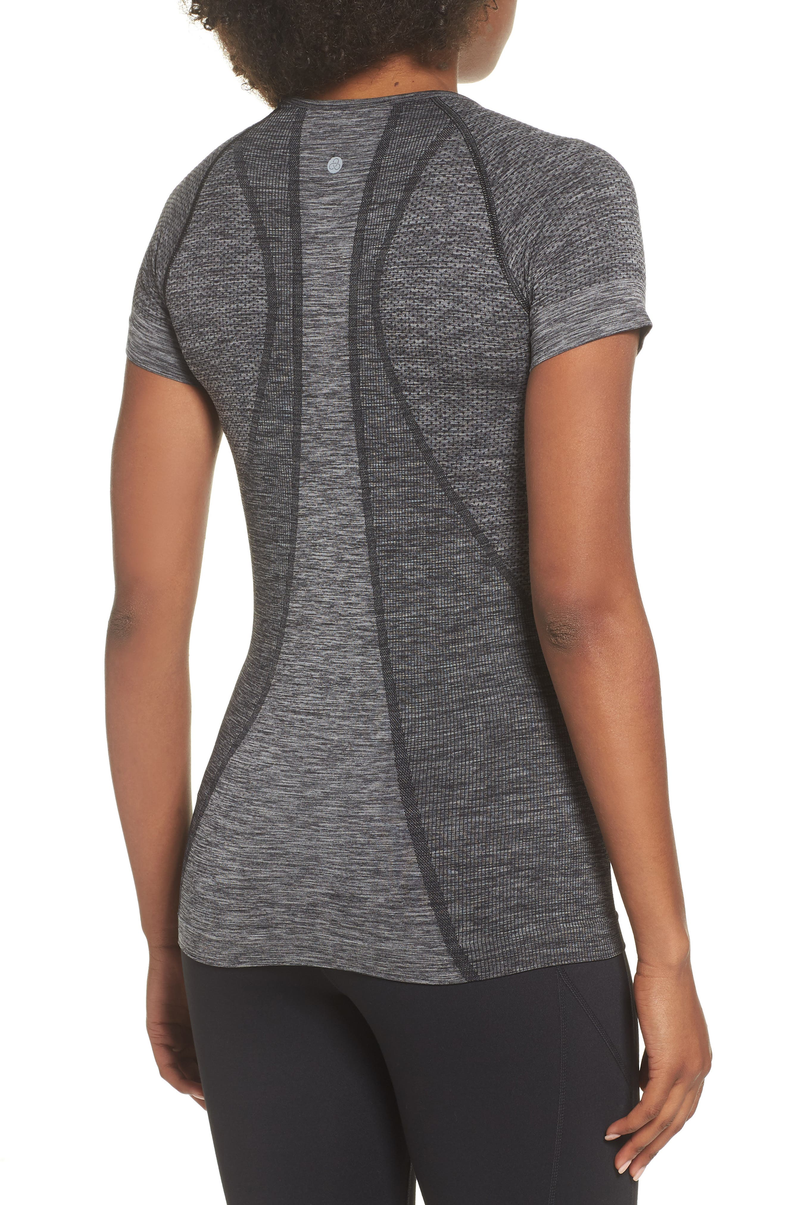 Stand Out Seamless Training Tee,                             Alternate thumbnail 2, color,                             BLACK