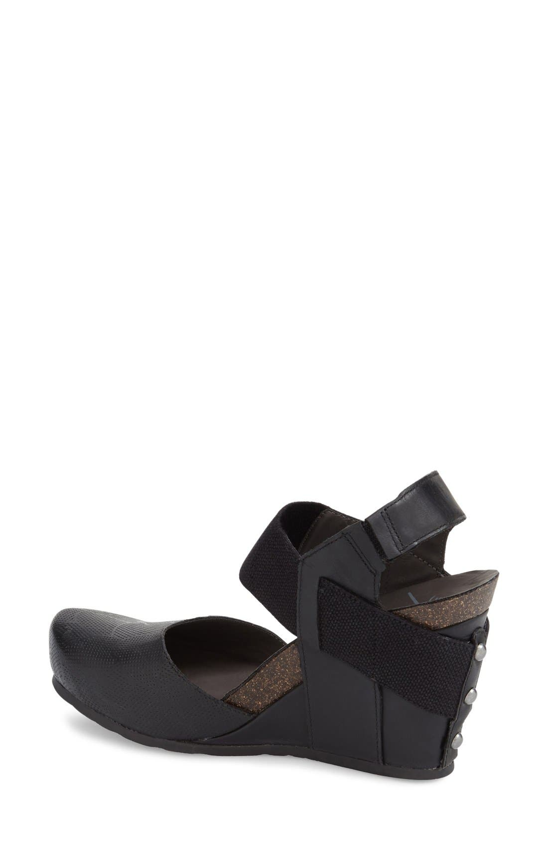 OTBT,                             'Rexburg' Wedge Sandal,                             Alternate thumbnail 4, color,                             019